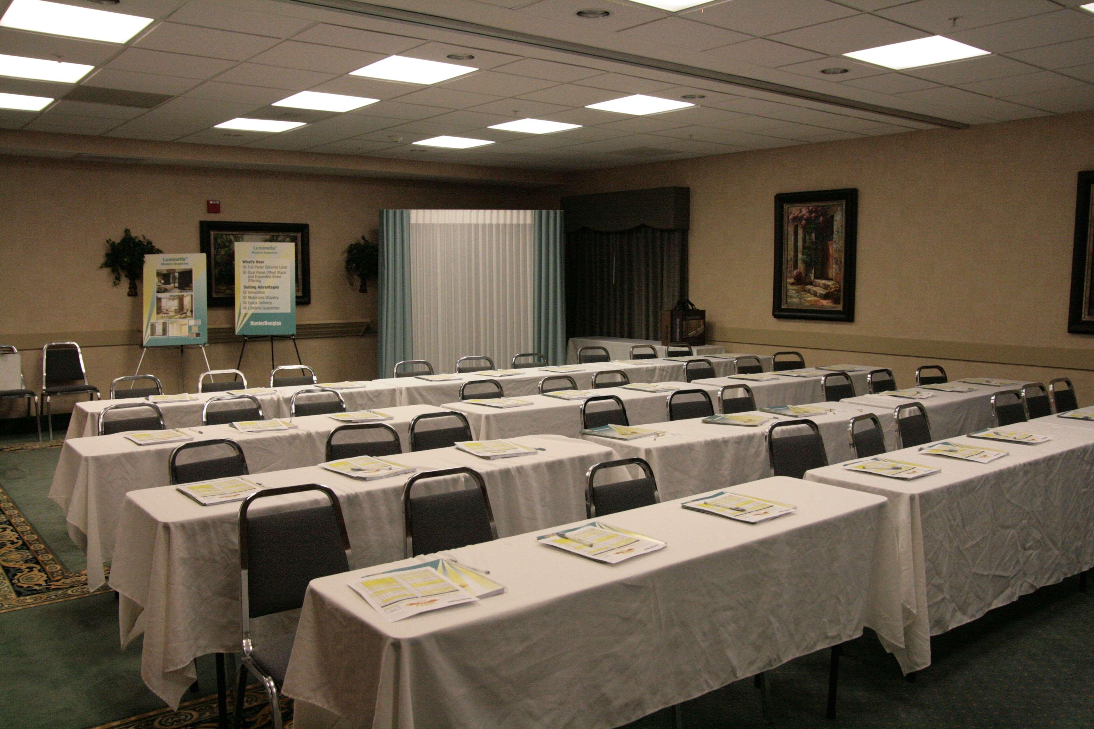 Hampton Inn & Suites Houston-Westchase image 31