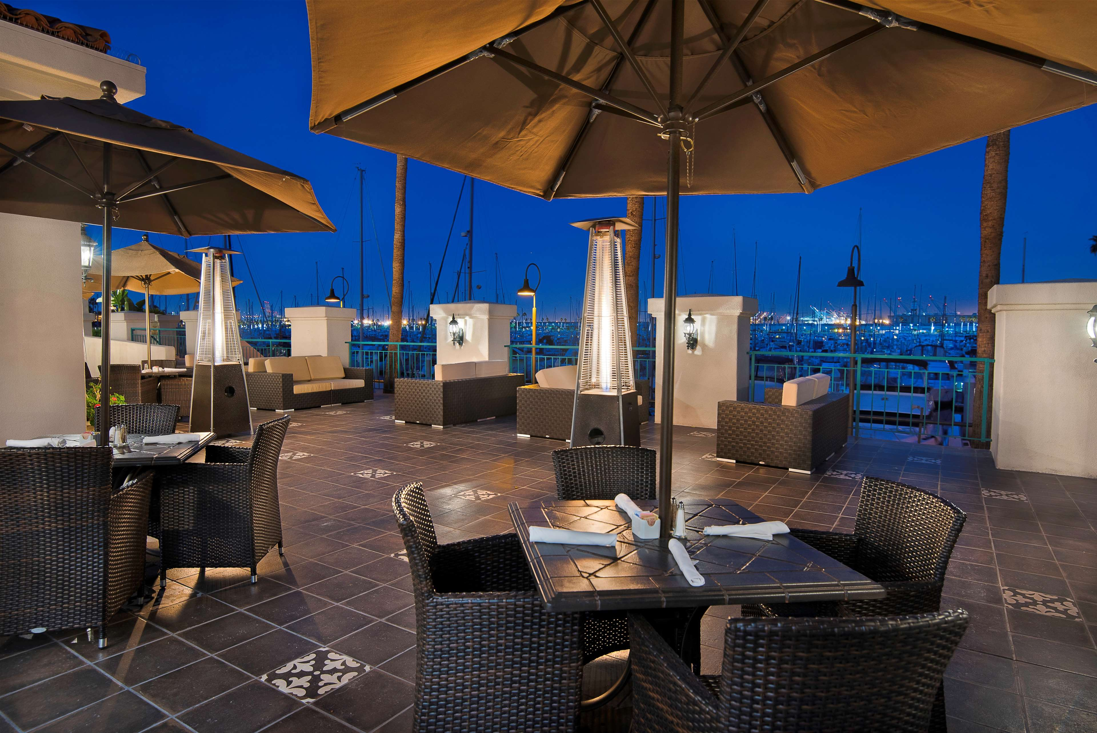 DoubleTree by Hilton Hotel San Pedro - Port of Los Angeles image 6