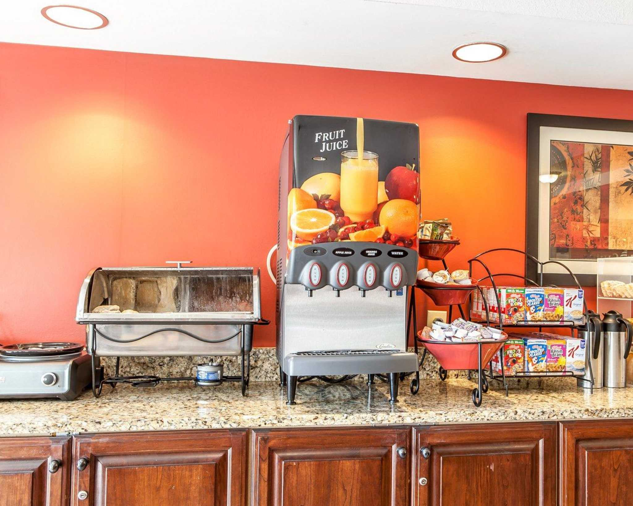 MainStay Suites Knoxville Airport image 9