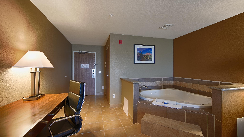 Best Western California City Inn & Suites image 15