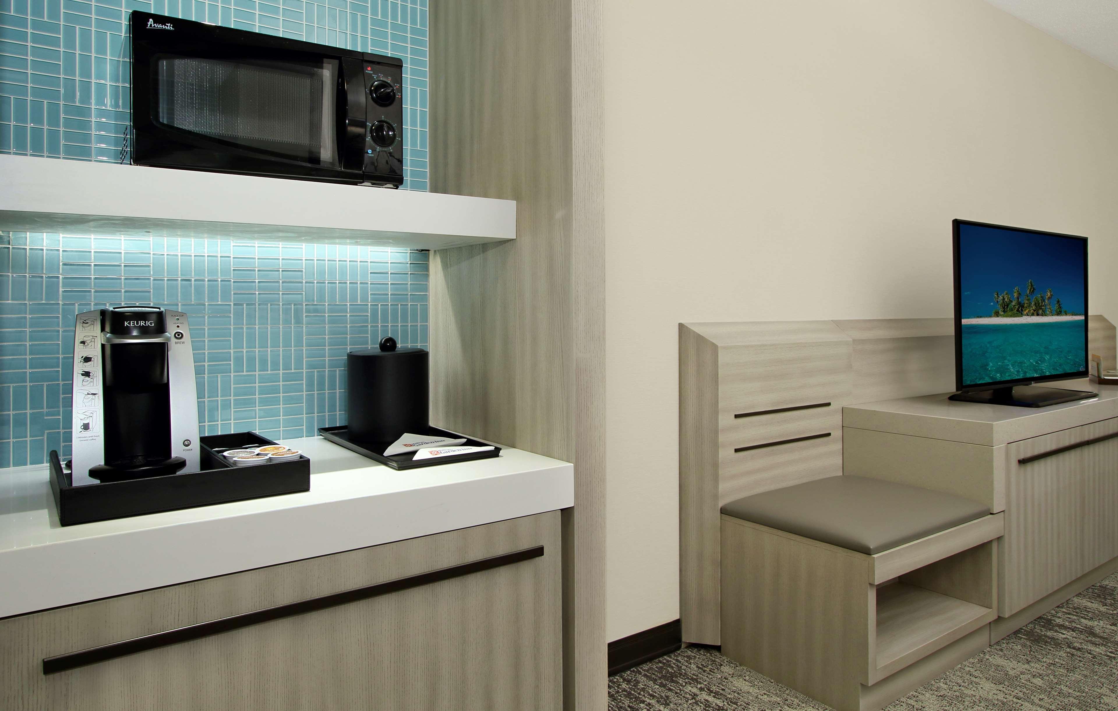 Hilton Garden Inn Columbus-University Area image 29