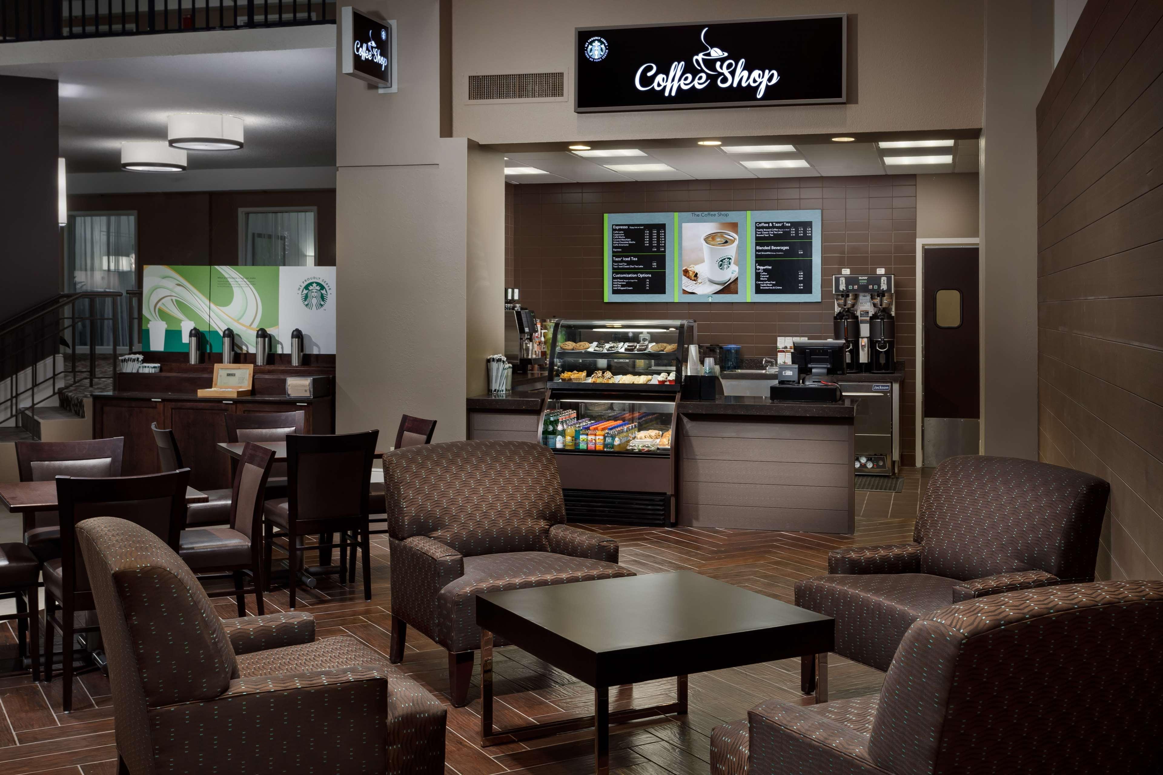Embassy Suites by Hilton Orlando Lake Buena Vista Resort image 15
