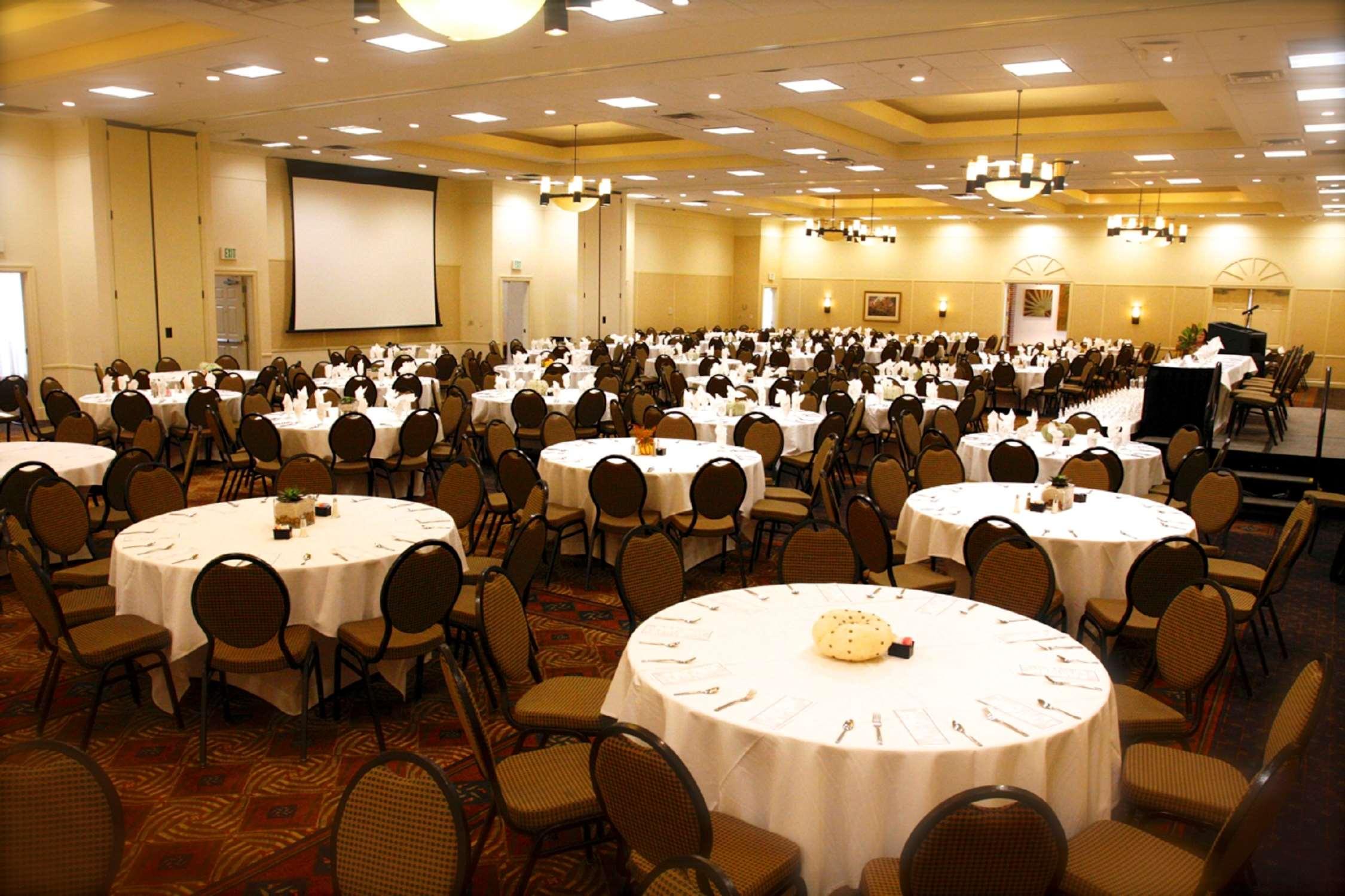 Hilton Garden Inn Albany image 29