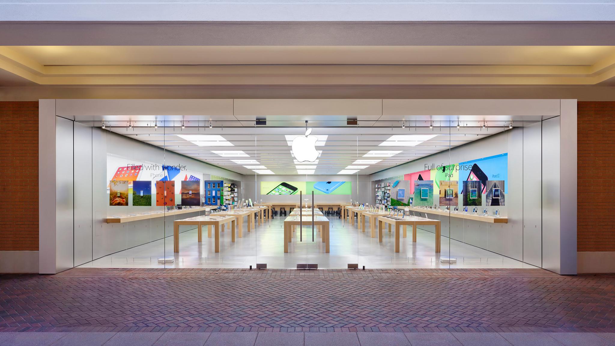 Apple Short Pump Town Center image 0