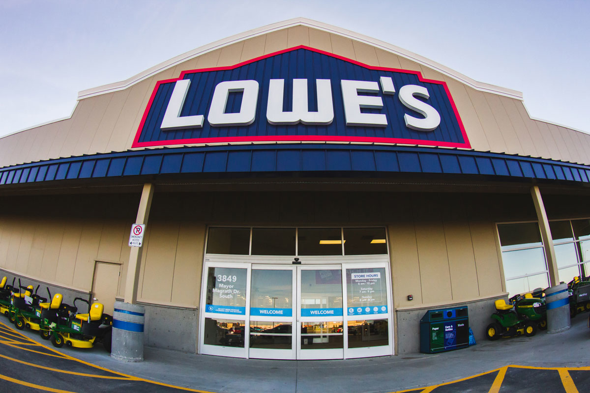 Lowe's Home Improvement in Gloucester