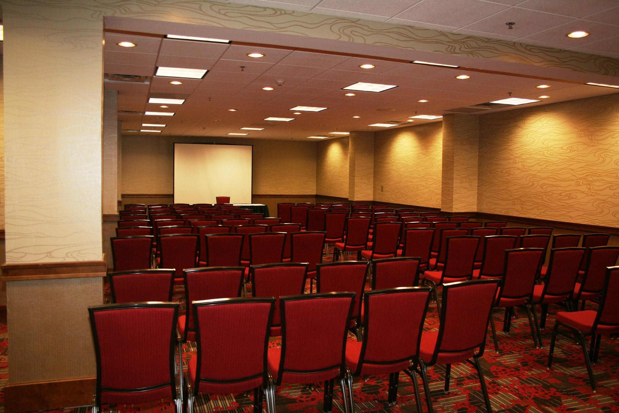 Embassy Suites by Hilton Atlanta Perimeter Center image 10