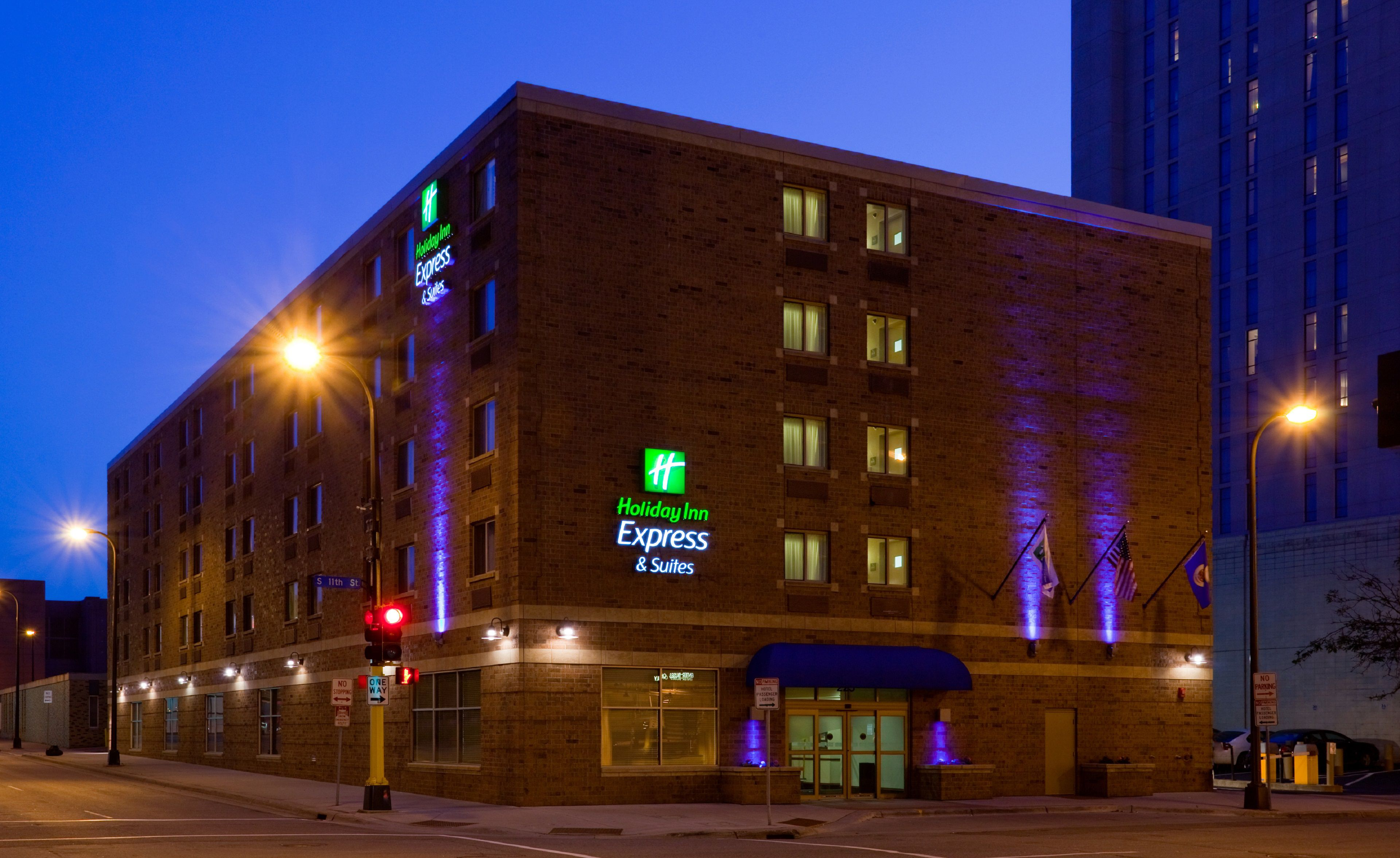 Hotel deals near minneapolis mn