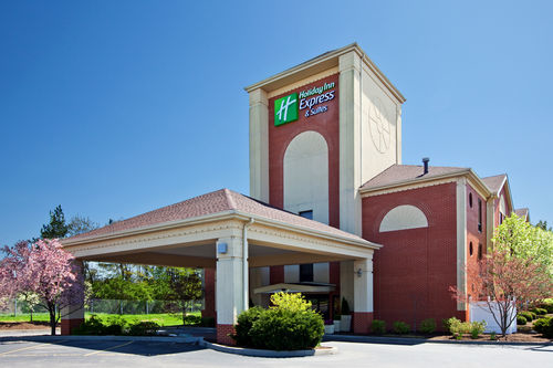 Holiday Inn Express & Suites Cincinnati Northeast-Milford image 0
