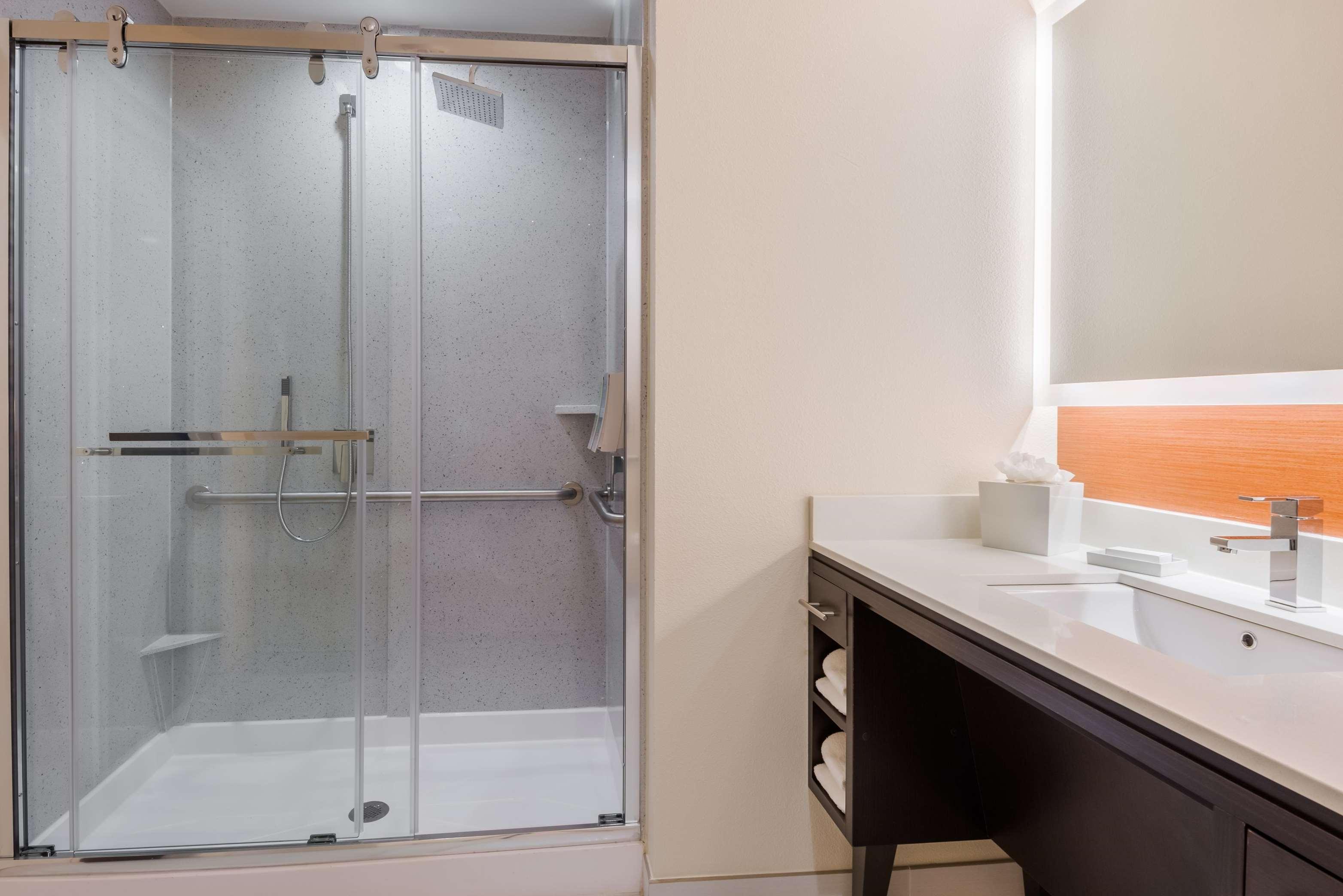 Home2 Suites by Hilton Atlanta Downtown image 9