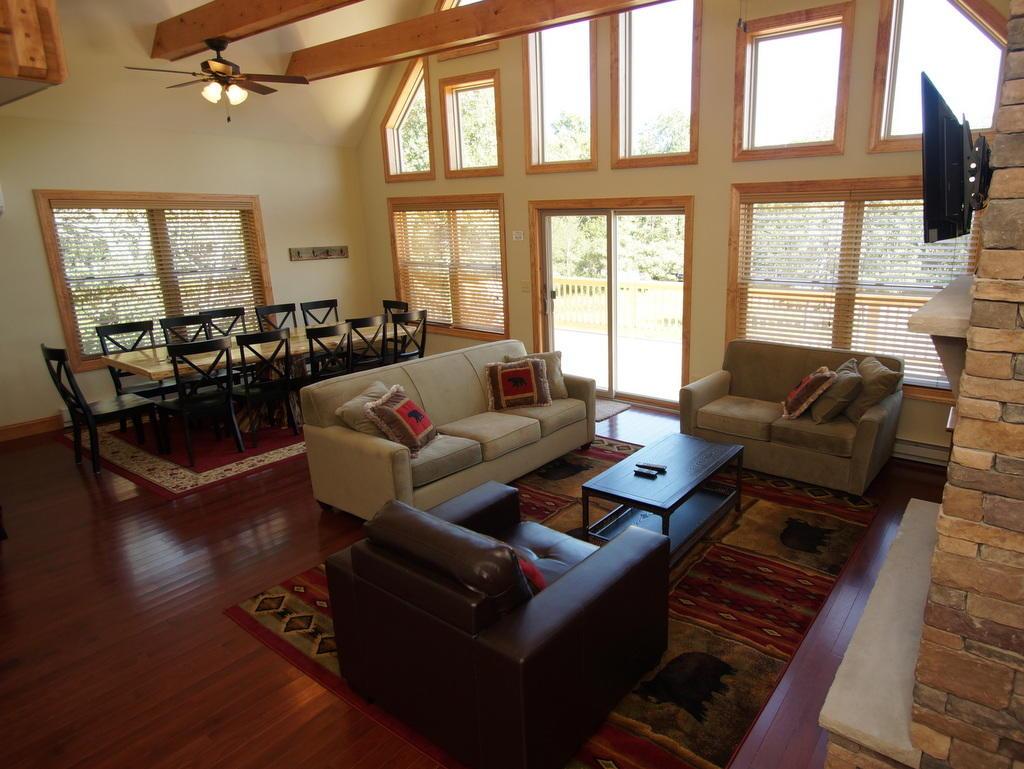 Pocono Mountain Rentals image 6