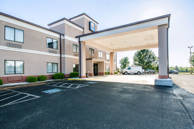 Hotels Near Casey Jones Village In Jackson Tn