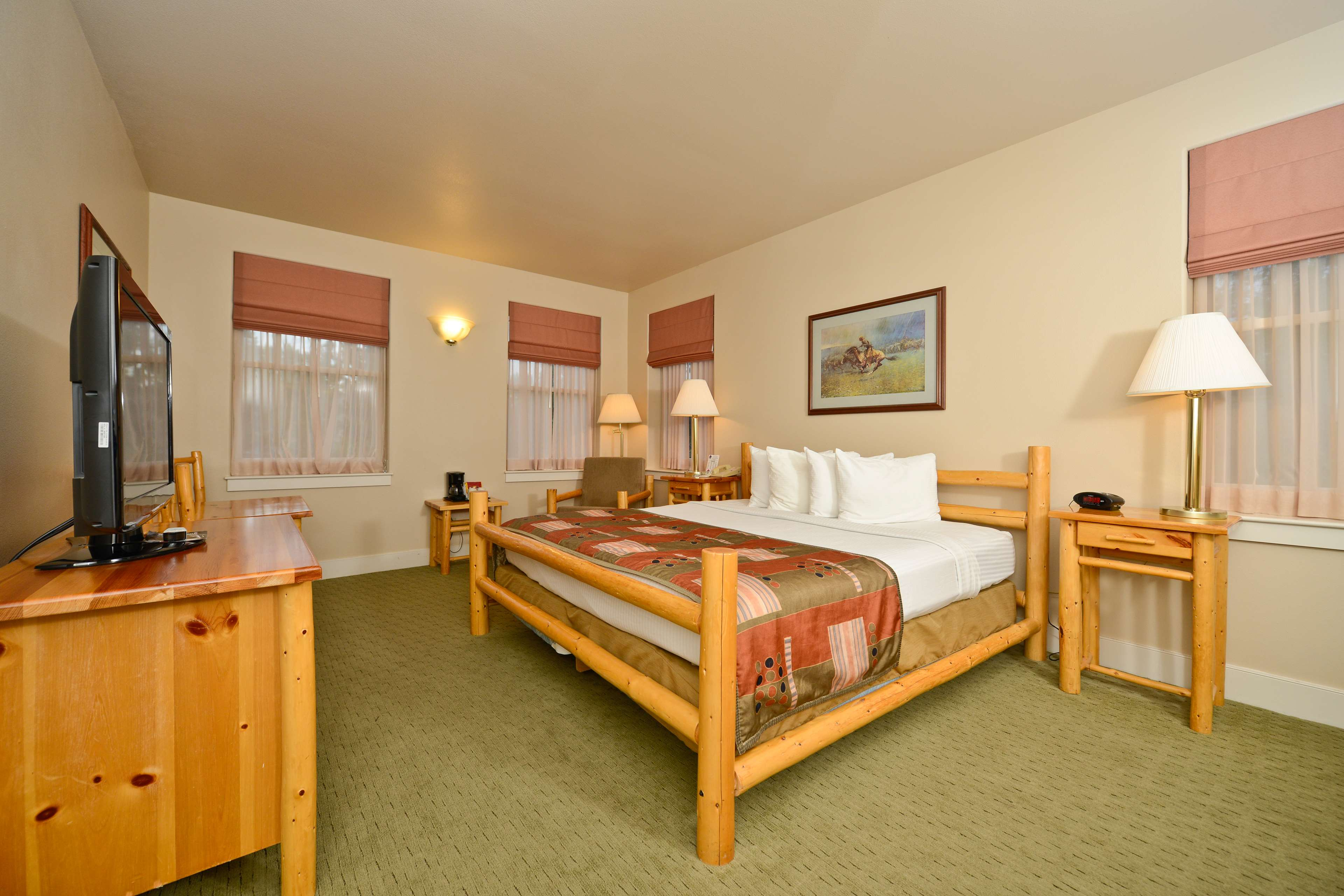 Best Western Plus Plaza Hotel image 35