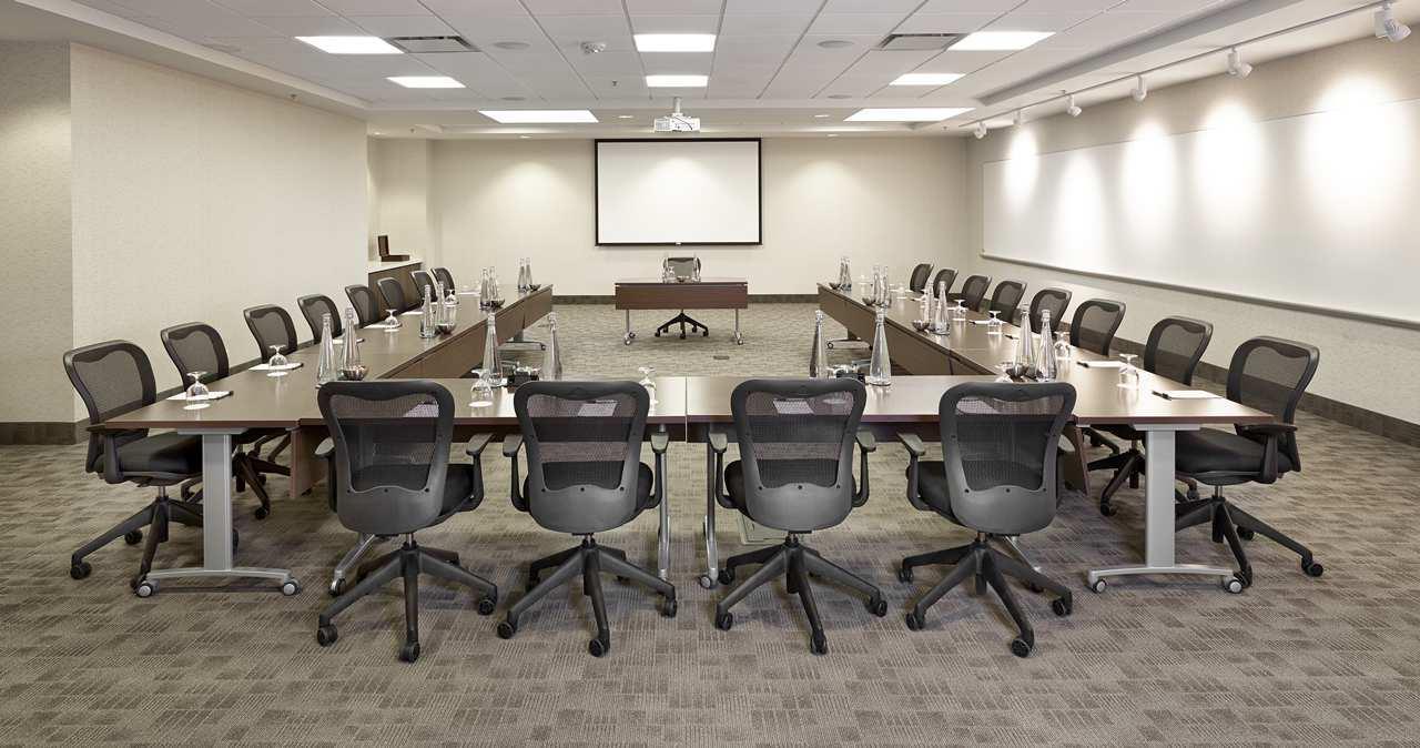 DoubleTree by Hilton Hotel West Edmonton in Edmonton: SilverBirch U Set Up Meeting
