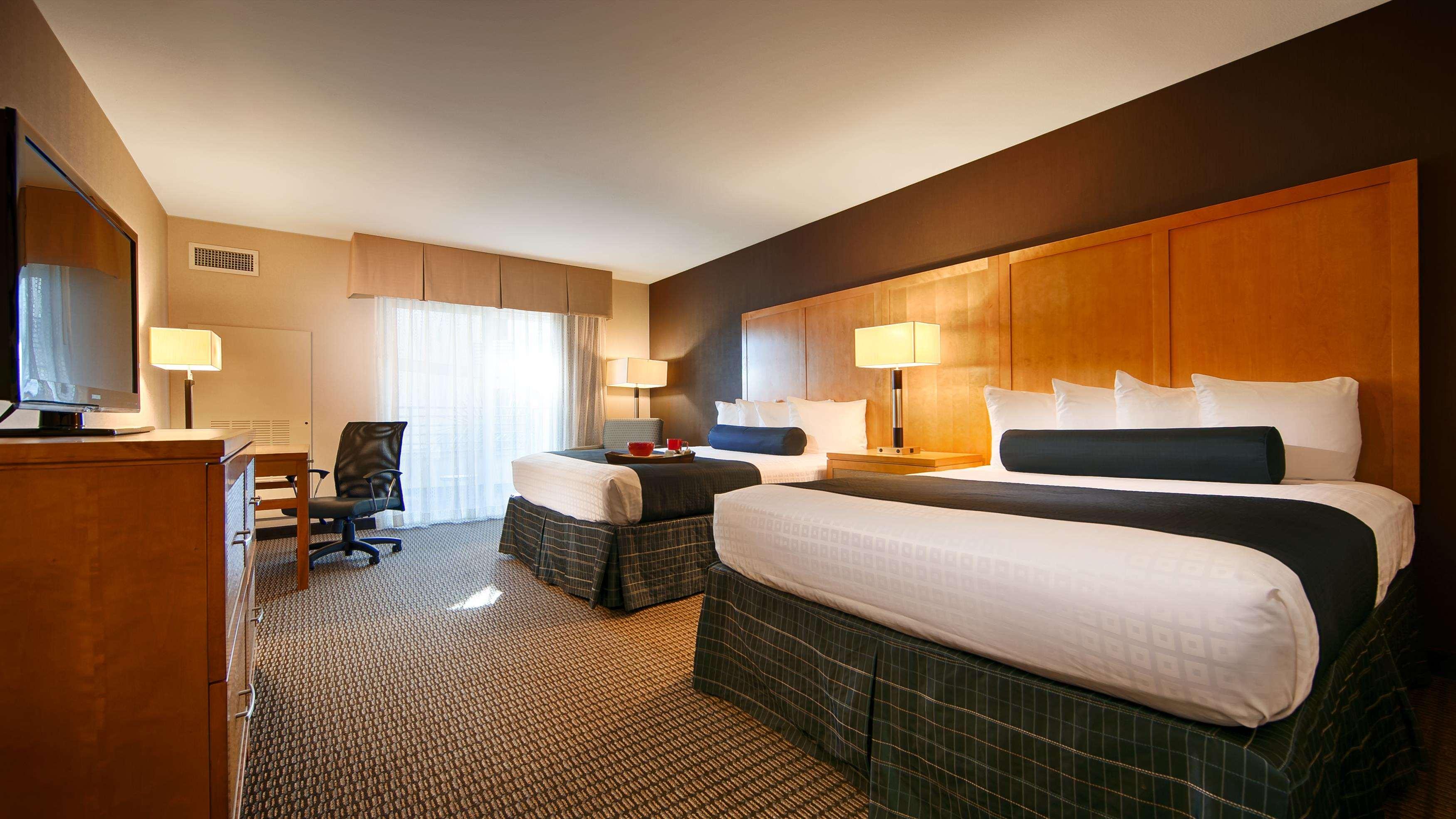 Best Western Plus Marina Gateway Hotel image 11