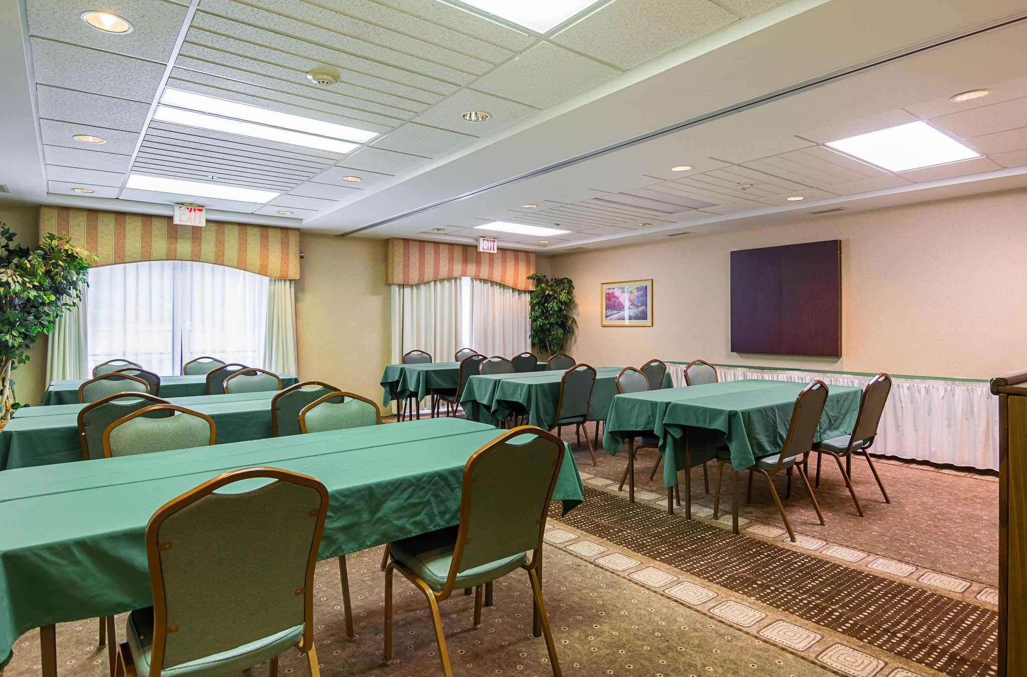 Quality Inn & Suites Kearneysville - Martinsburg image 27