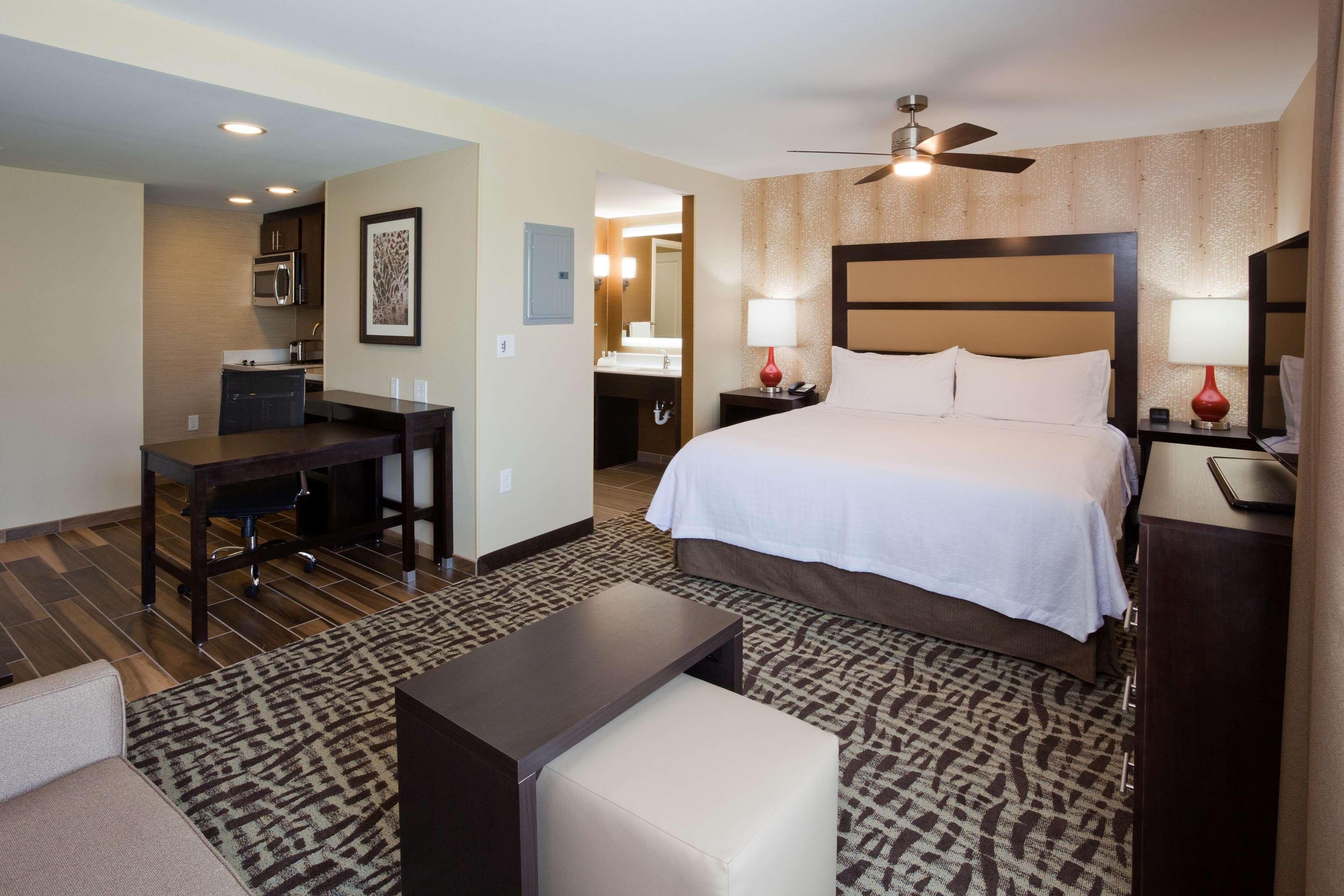 Homewood Suites by Hilton Davenport image 18