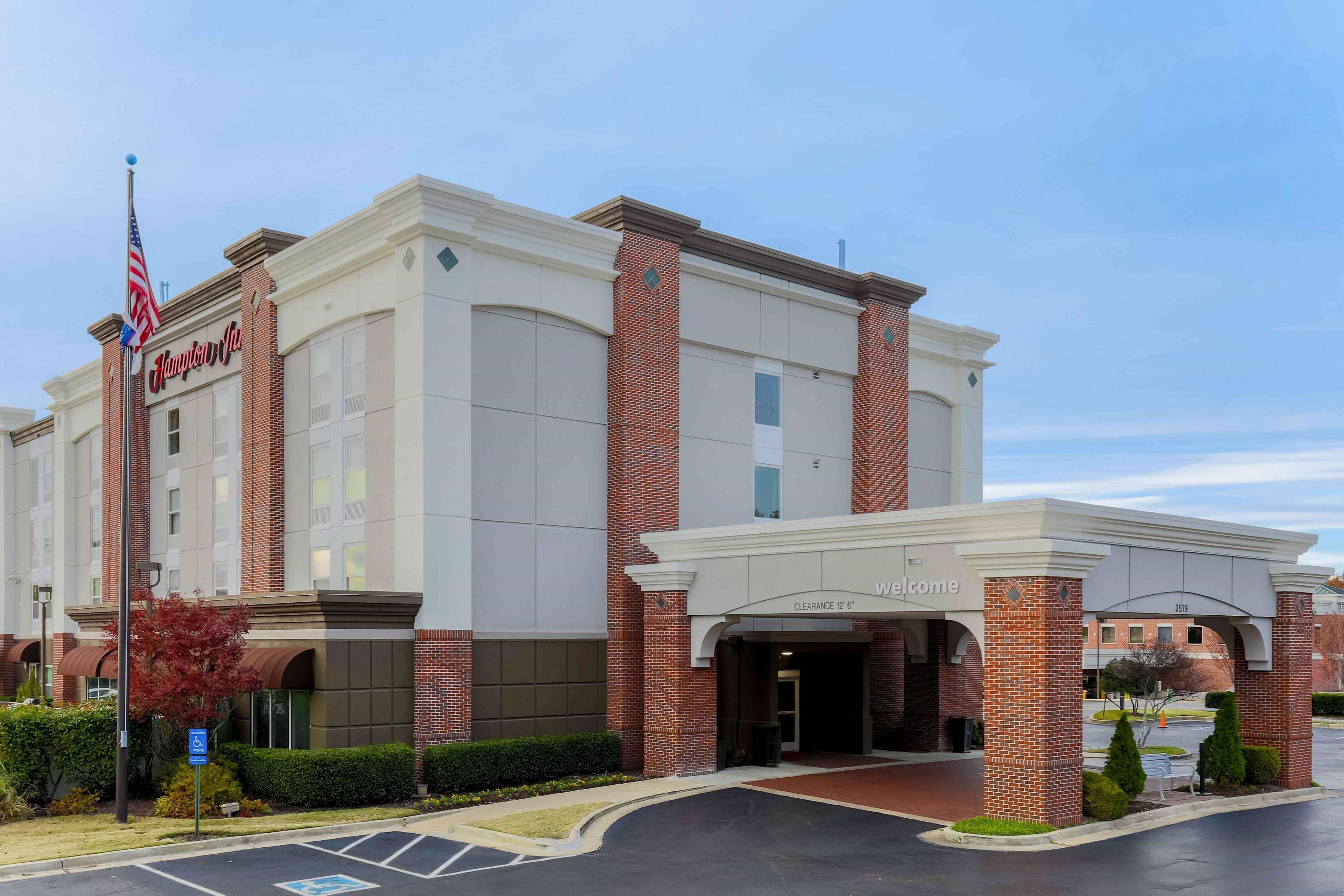 Hampton Inn Memphis-Southwind image 2