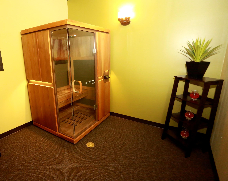 Massage green spa orange in orange ct 203 678 8 for Salon orange