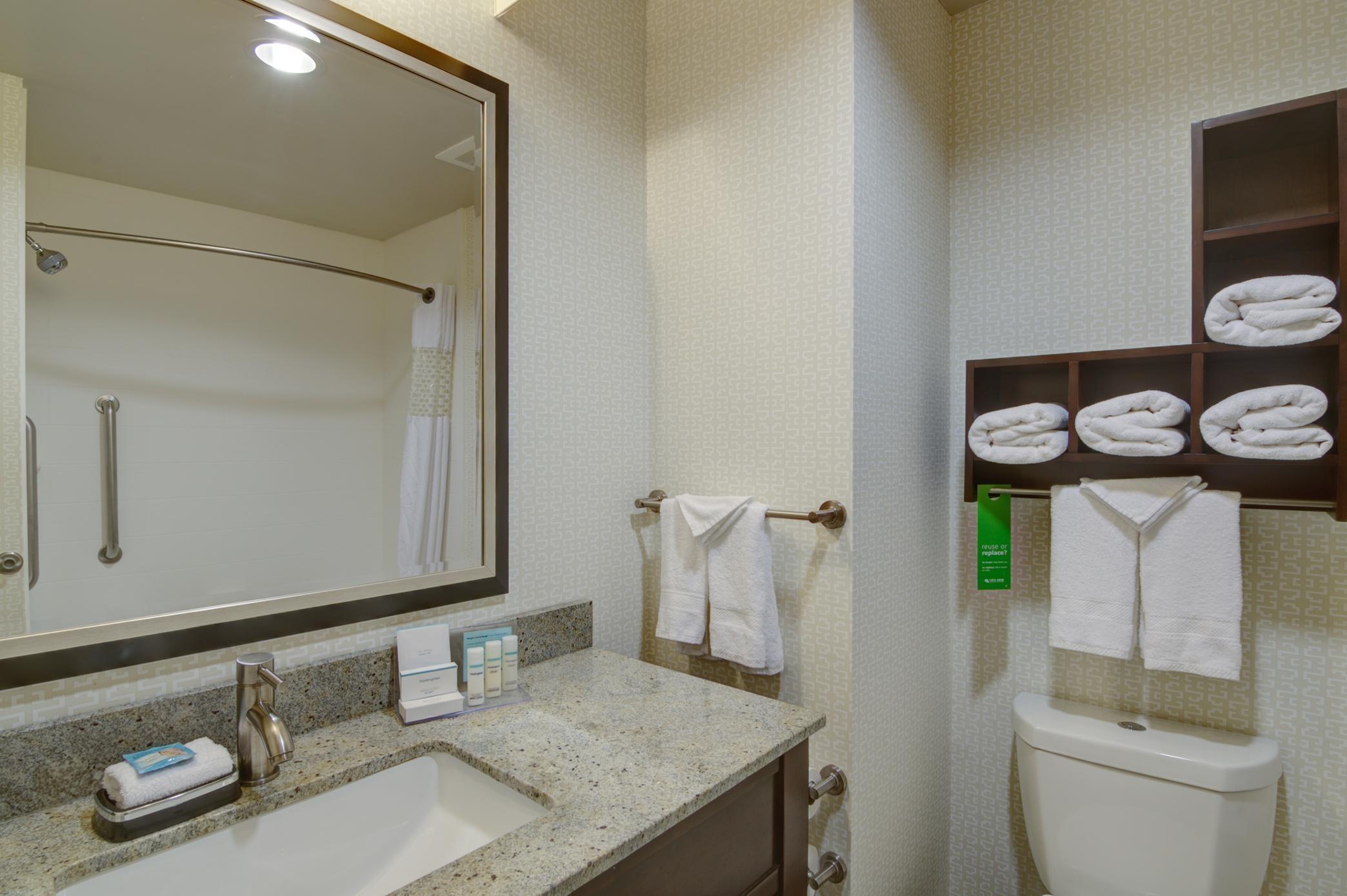 Hampton Inn & Suites Trophy Club - Fort Worth North image 26