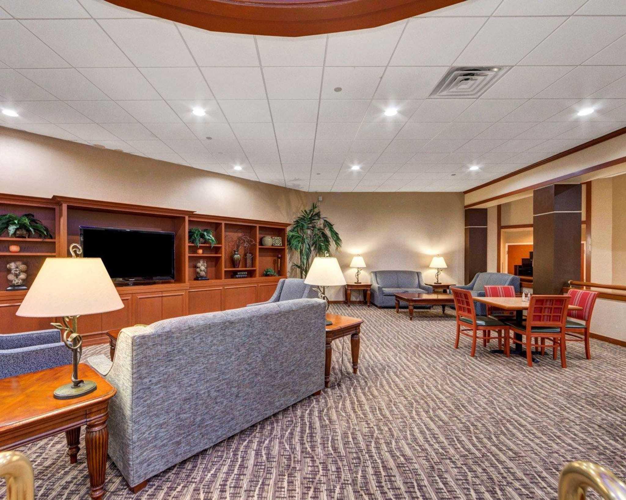 Comfort Inn & Suites Plano East image 17