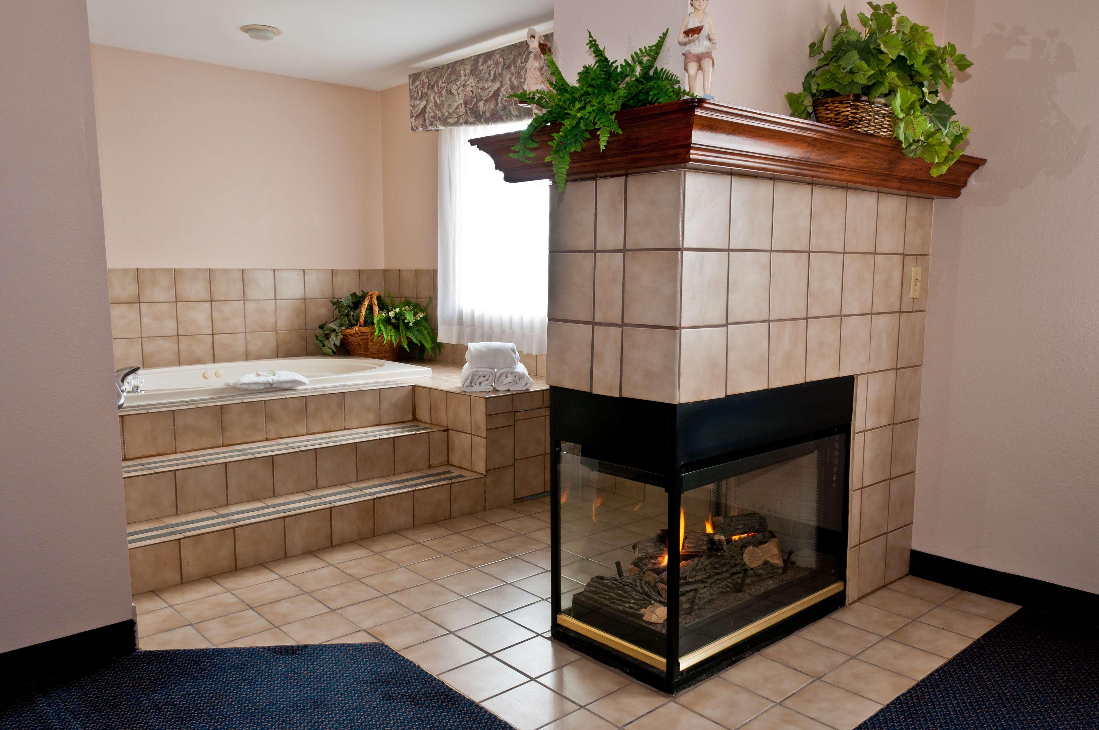 Best Western Plus Brandywine Inn & Suites image 13