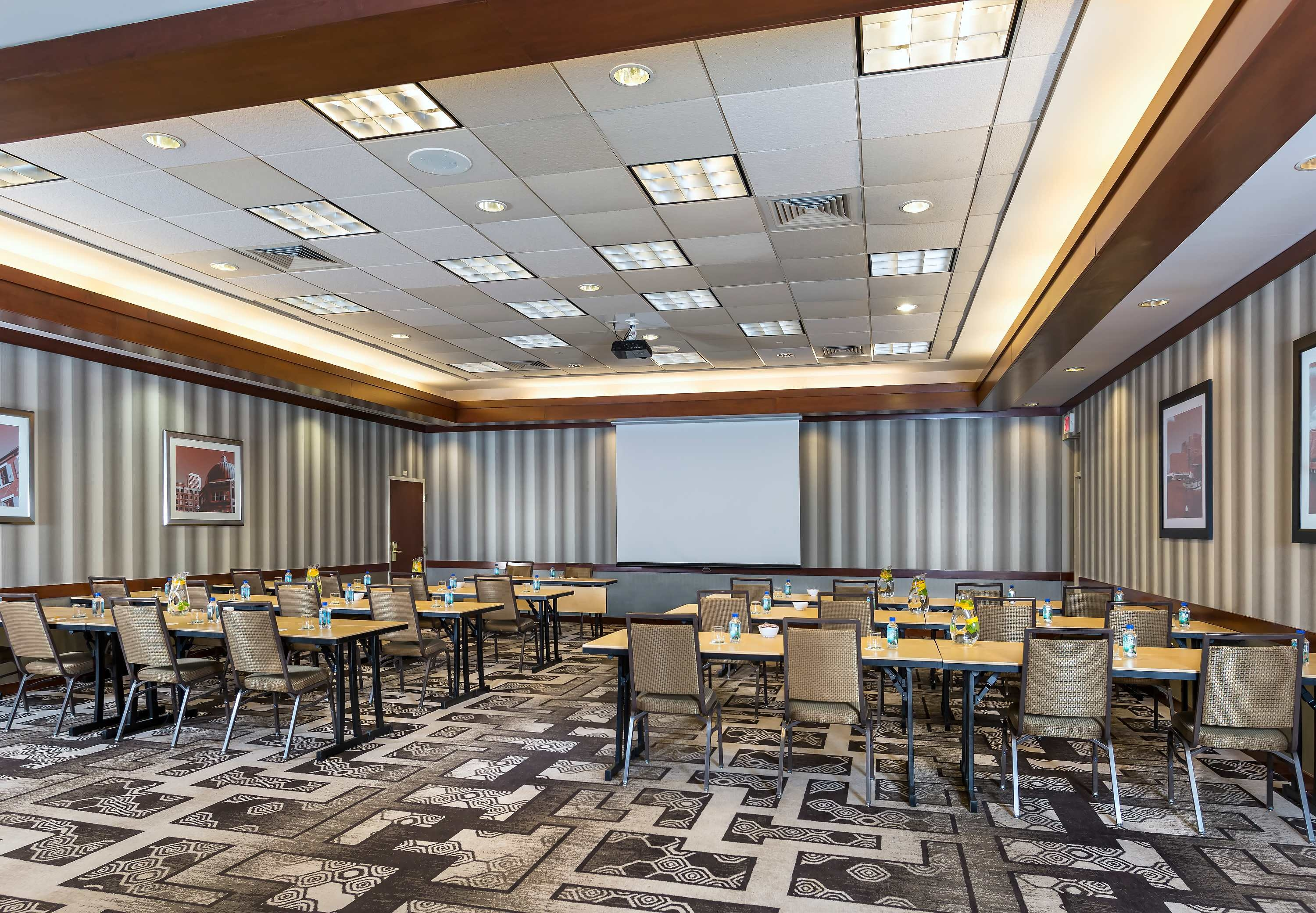 Courtyard by Marriott Boston Woburn/Boston North image 14