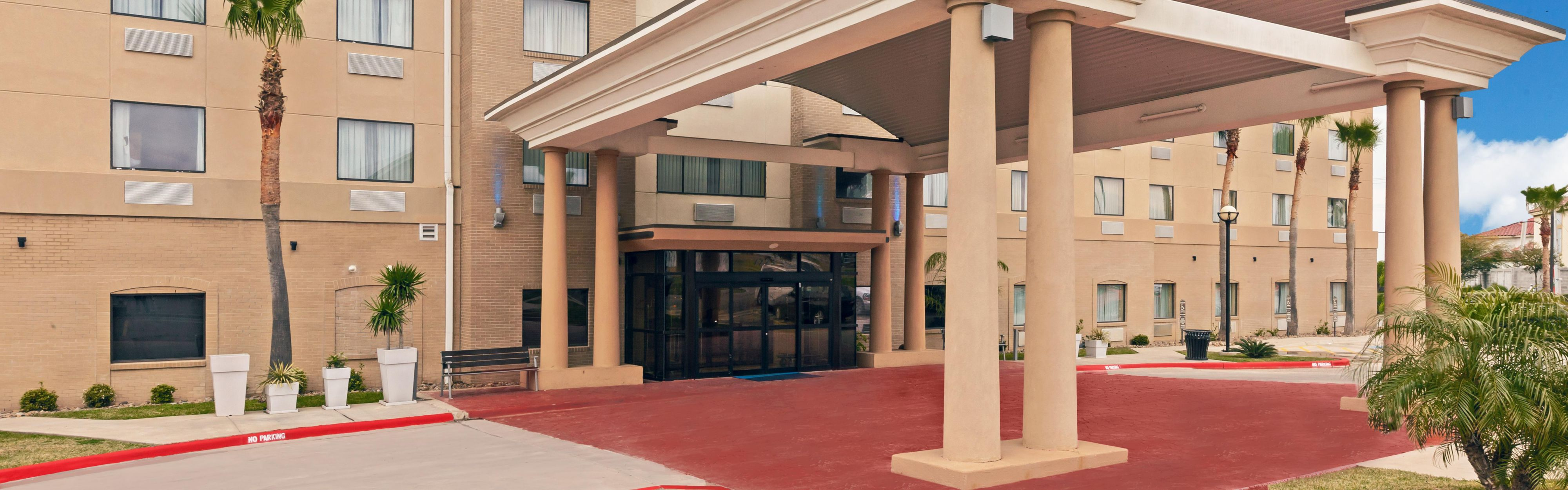Holiday Inn Express & Suites Laredo-Event Center Area image 0
