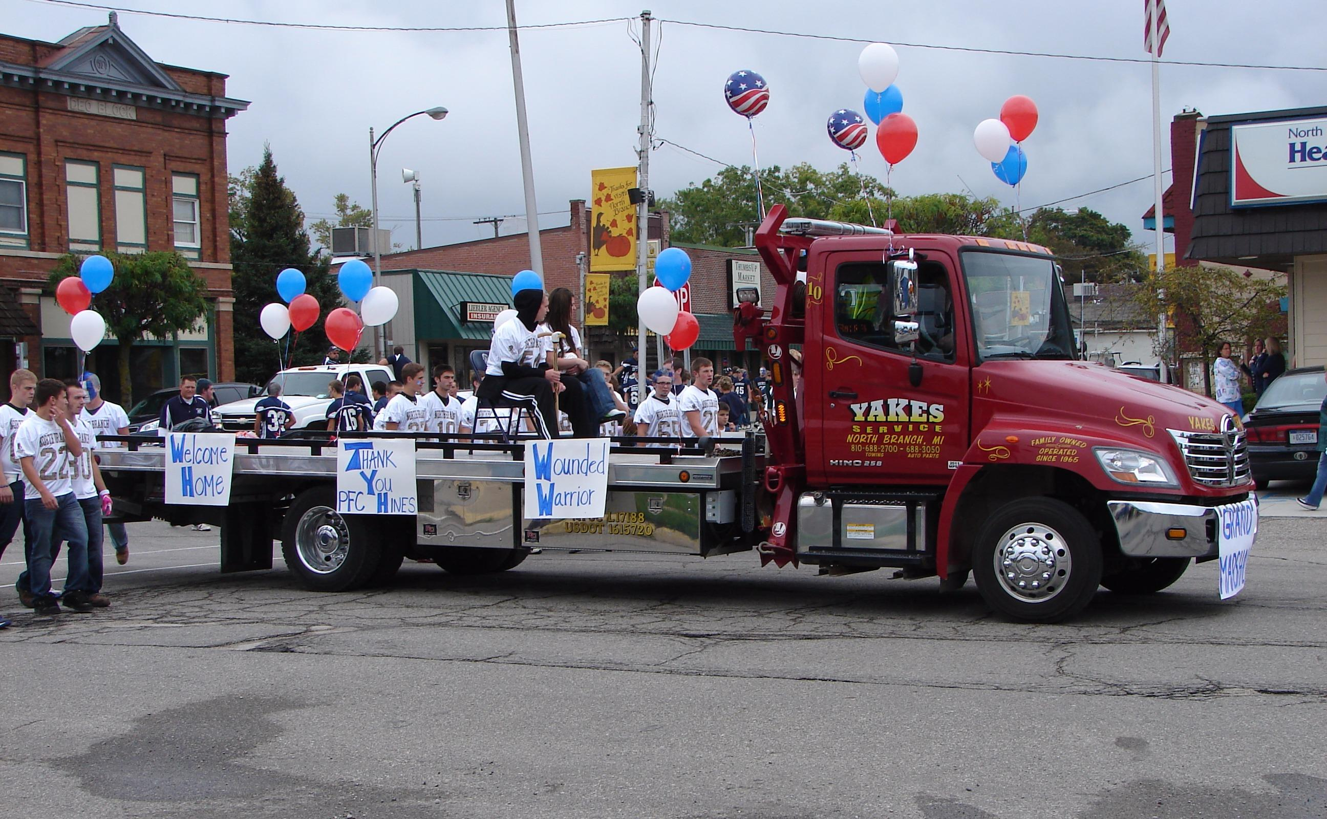 Yakes Towing Service image 1