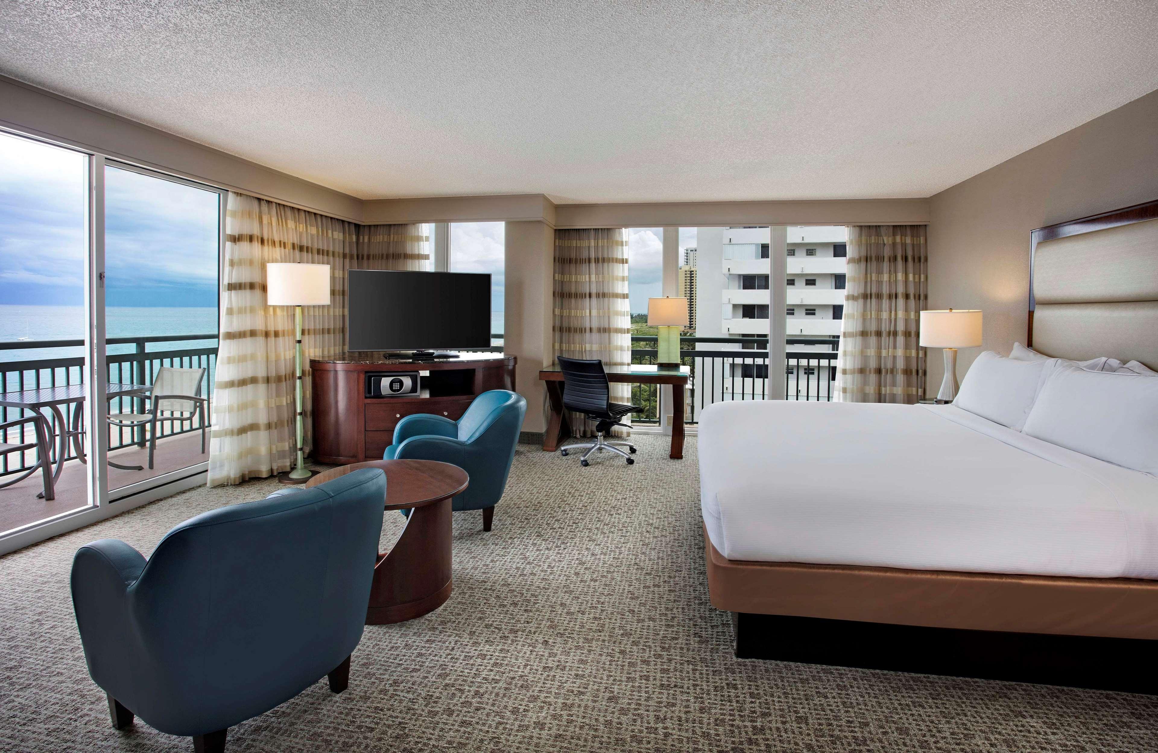 Hilton Singer Island Oceanfront/Palm Beaches Resort image 42
