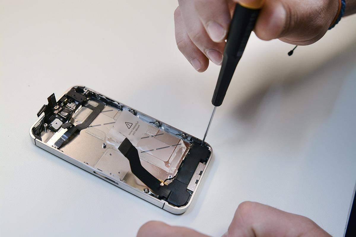 CPR Cell Phone Repair Chesterfield image 4