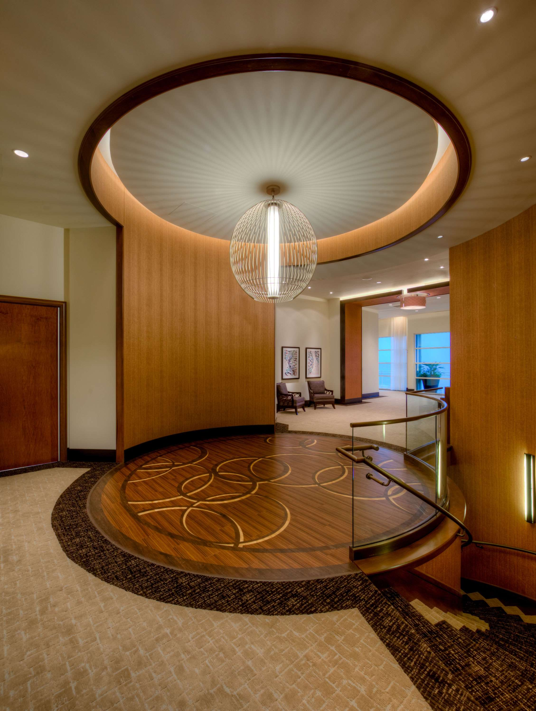 Hilton Garden Inn Virginia Beach Oceanfront image 35