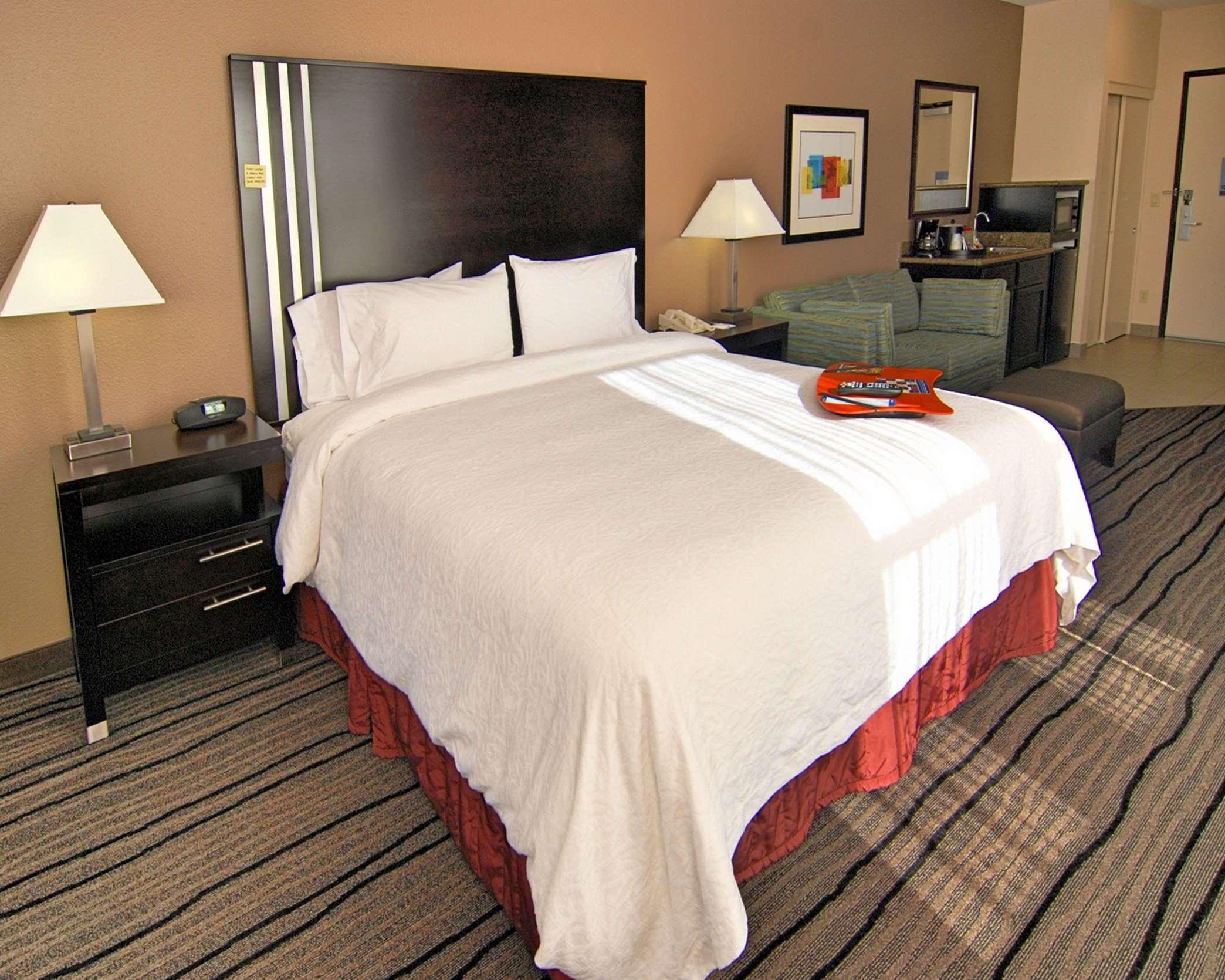Hampton Inn & Suites Mountain View image 17