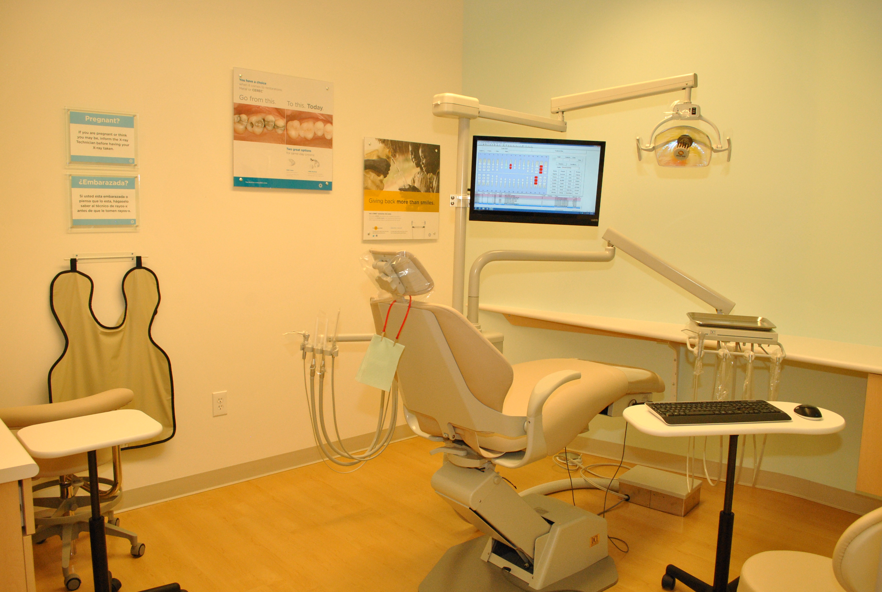 Clovis Crossing Dental Group and Orthodontics image 4