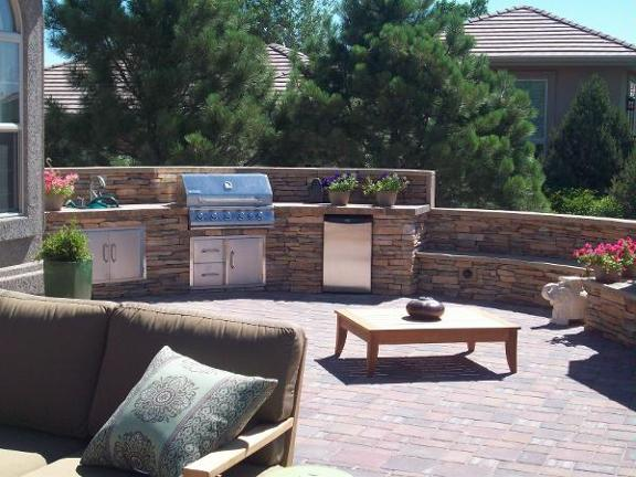 Green Scapes Landscaping, Inc. image 0