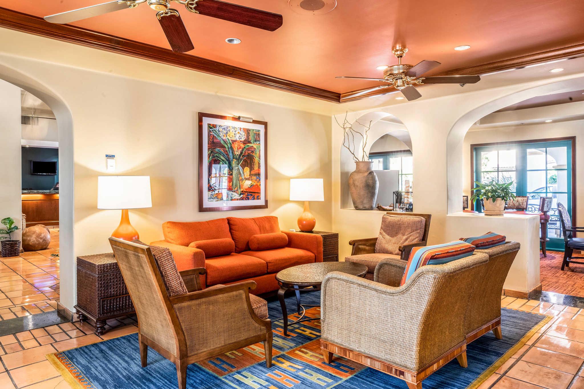 Quality Suites Downtown San Luis Obispo image 3