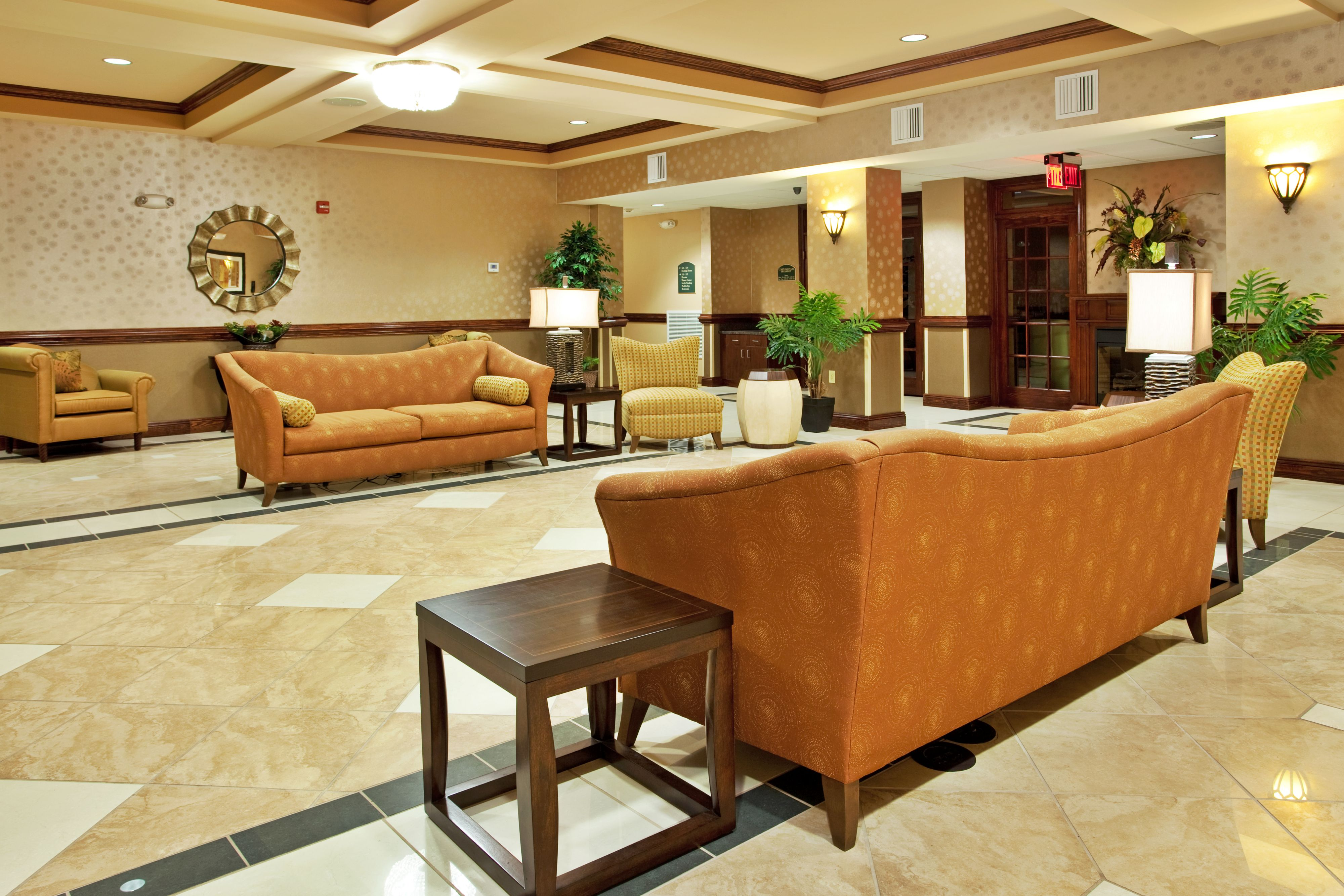 Holiday Inn Express & Suites Biloxi- Ocean Springs image 4