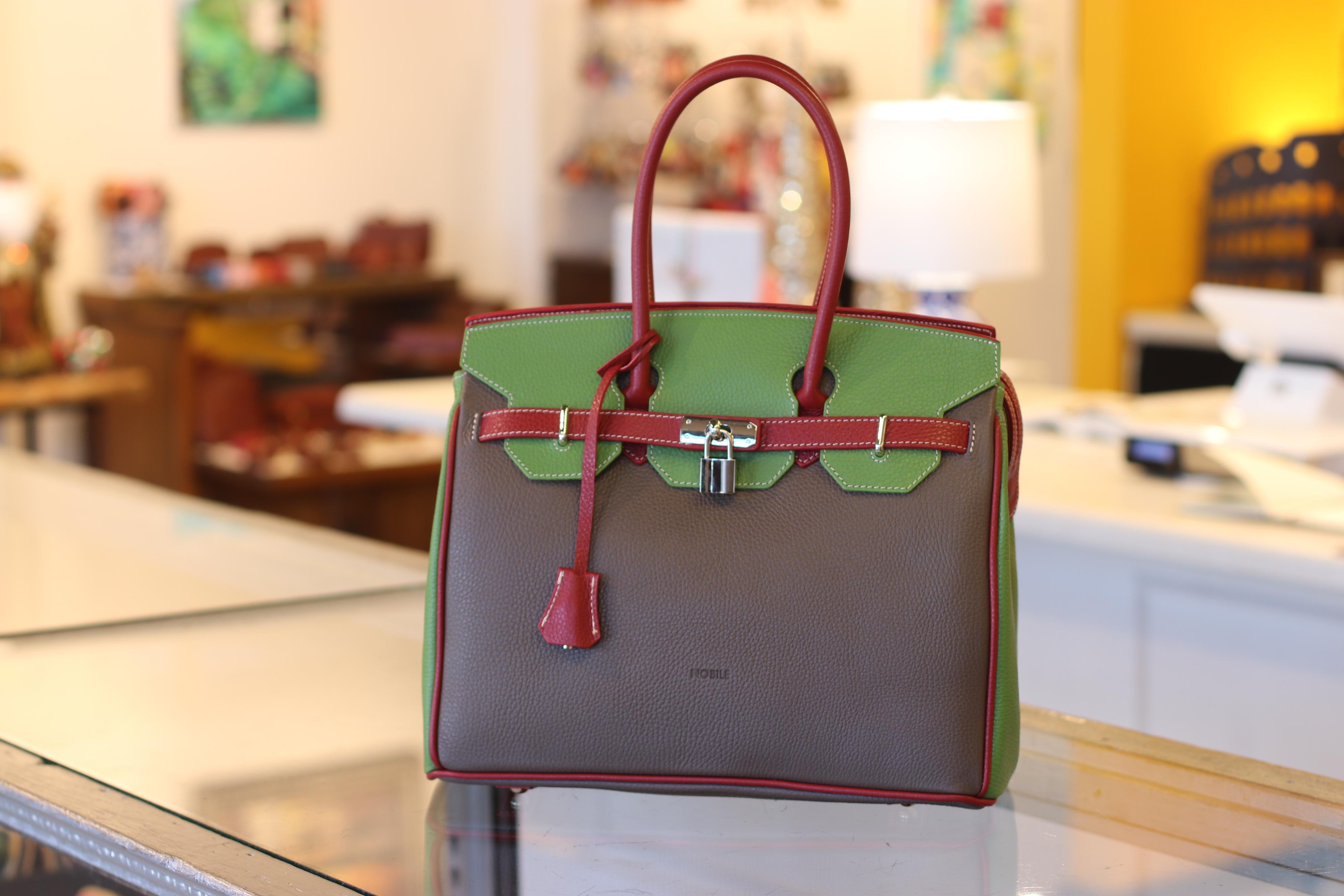 Luca Italian Leather Boutique image 3