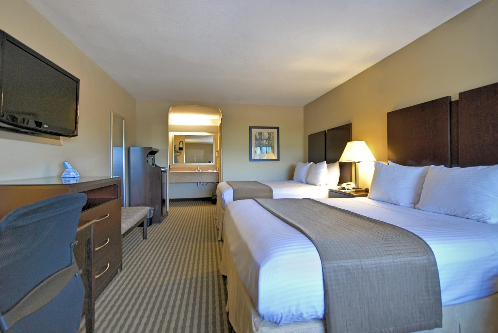 Best Western Cedar Inn image 20