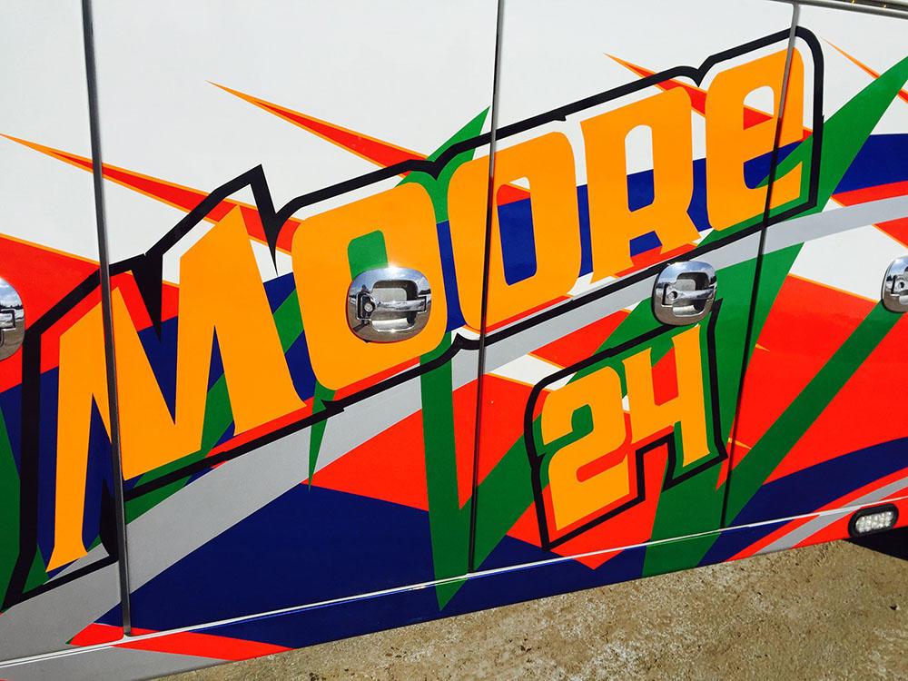 Moore 24 Towing & Repair image 0