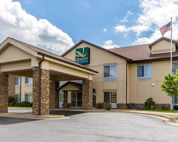 Quality Inn Amp Suites In Lodi Wi 53555 Citysearch