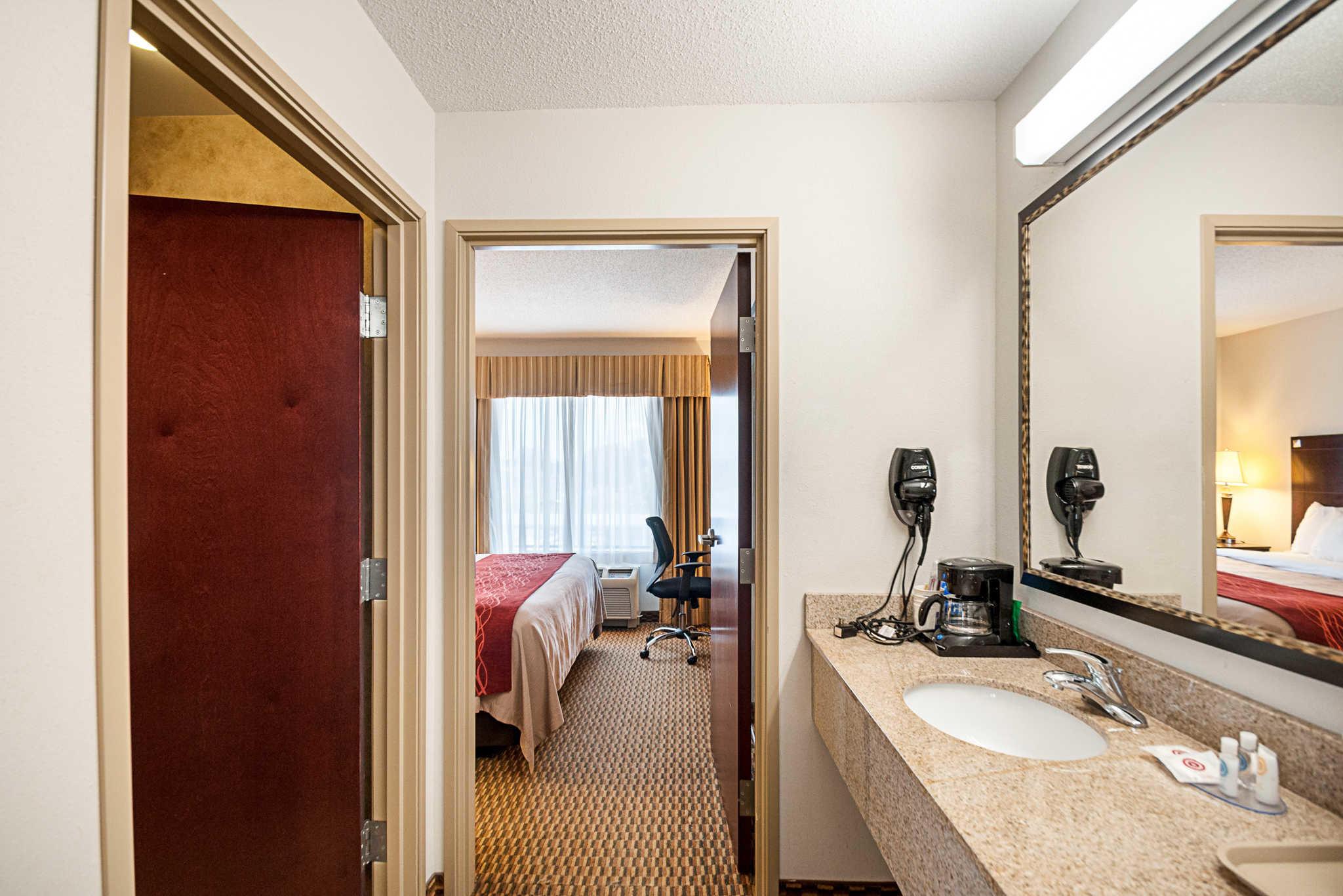 Comfort Inn & Suites Cambridge image 18