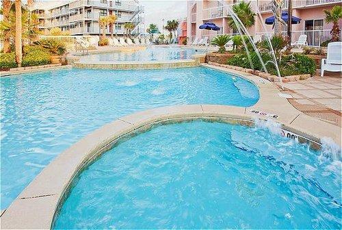 Holiday Inn Express Orange Beach-On The Beach image 4