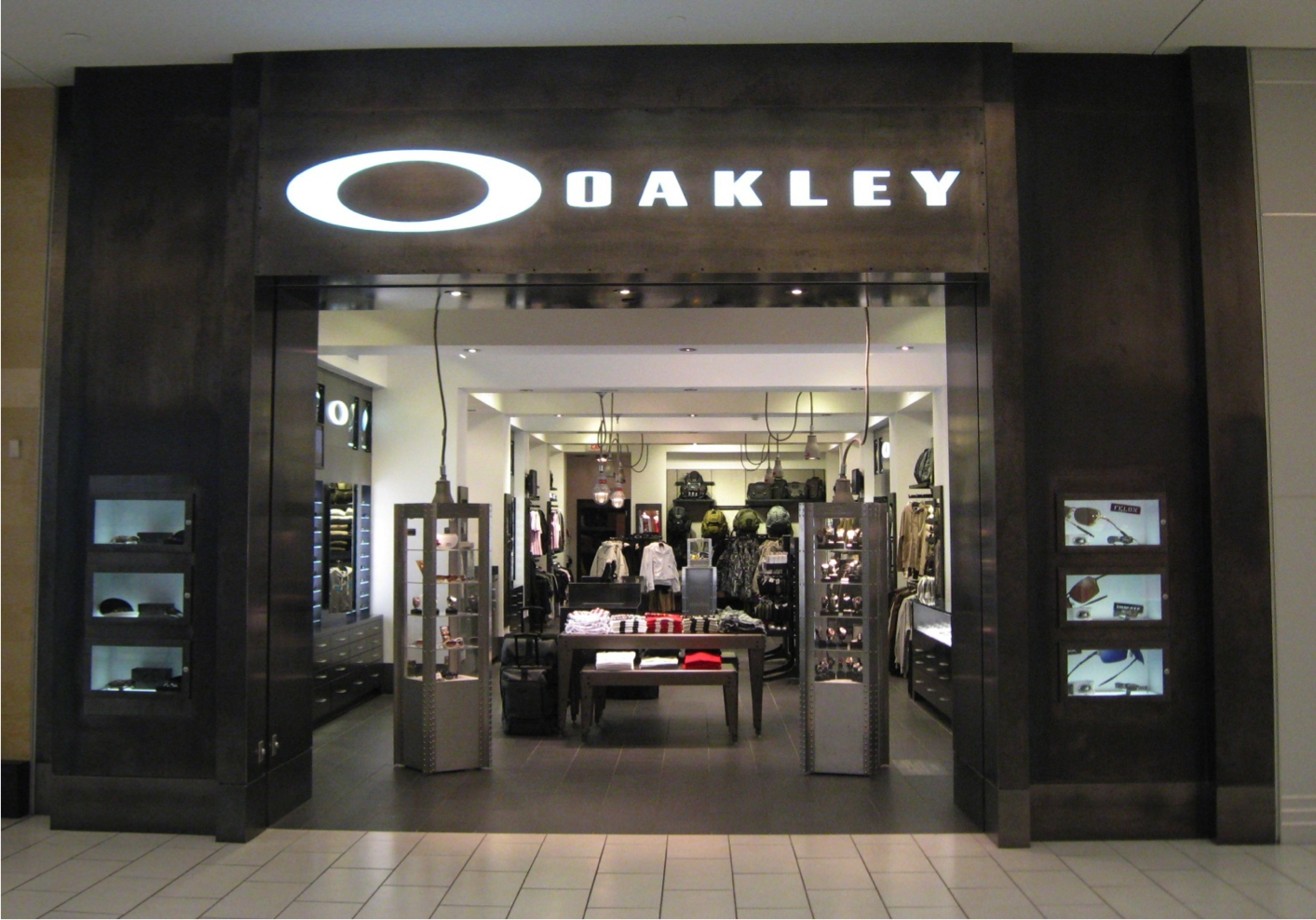 Oakley Store in Burnaby