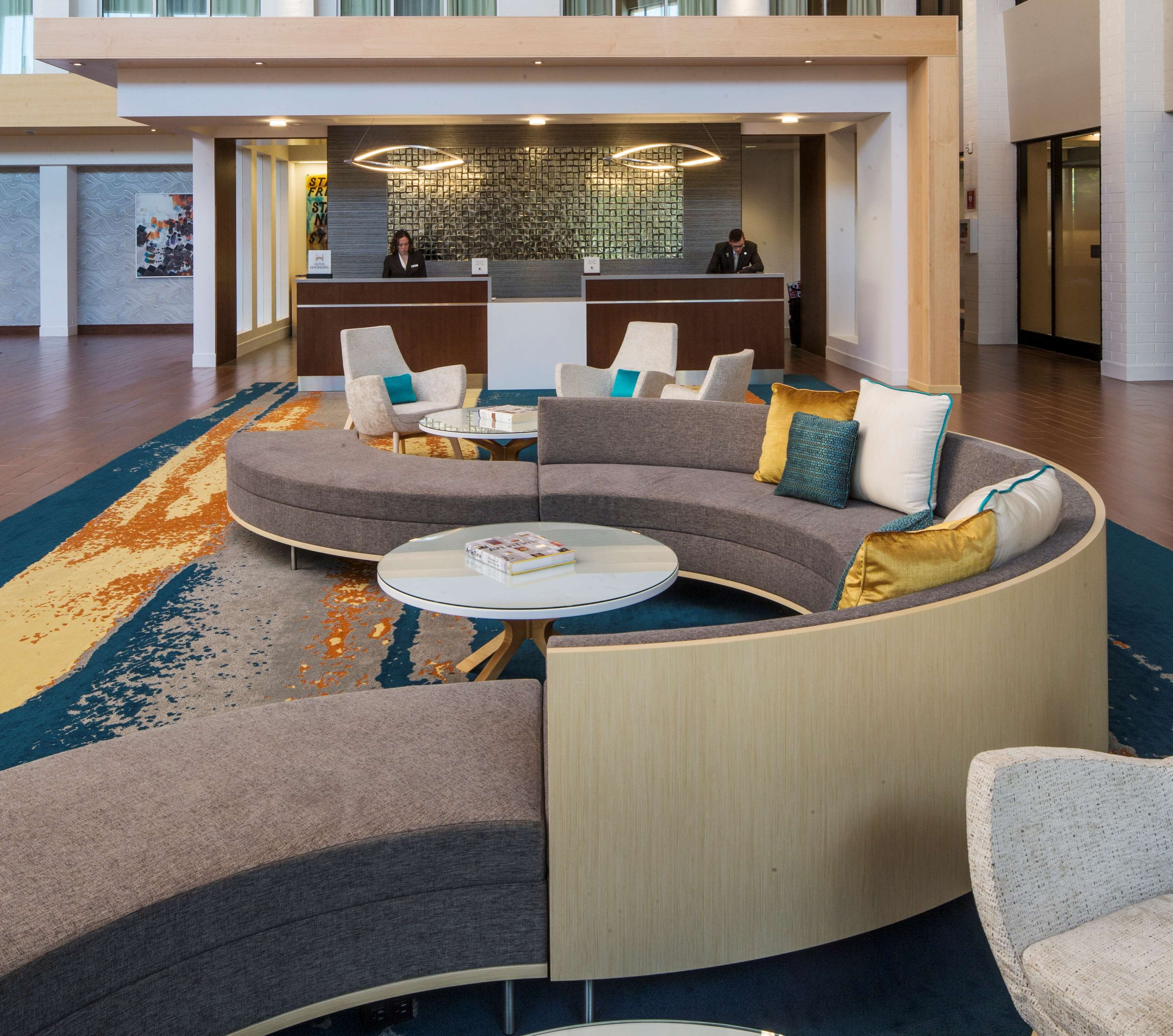 DoubleTree by Hilton Hotel Pittsburgh - Cranberry image 6