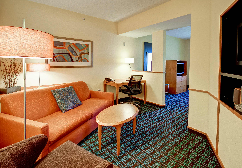 Fairfield Inn & Suites by Marriott Saratoga Malta image 4