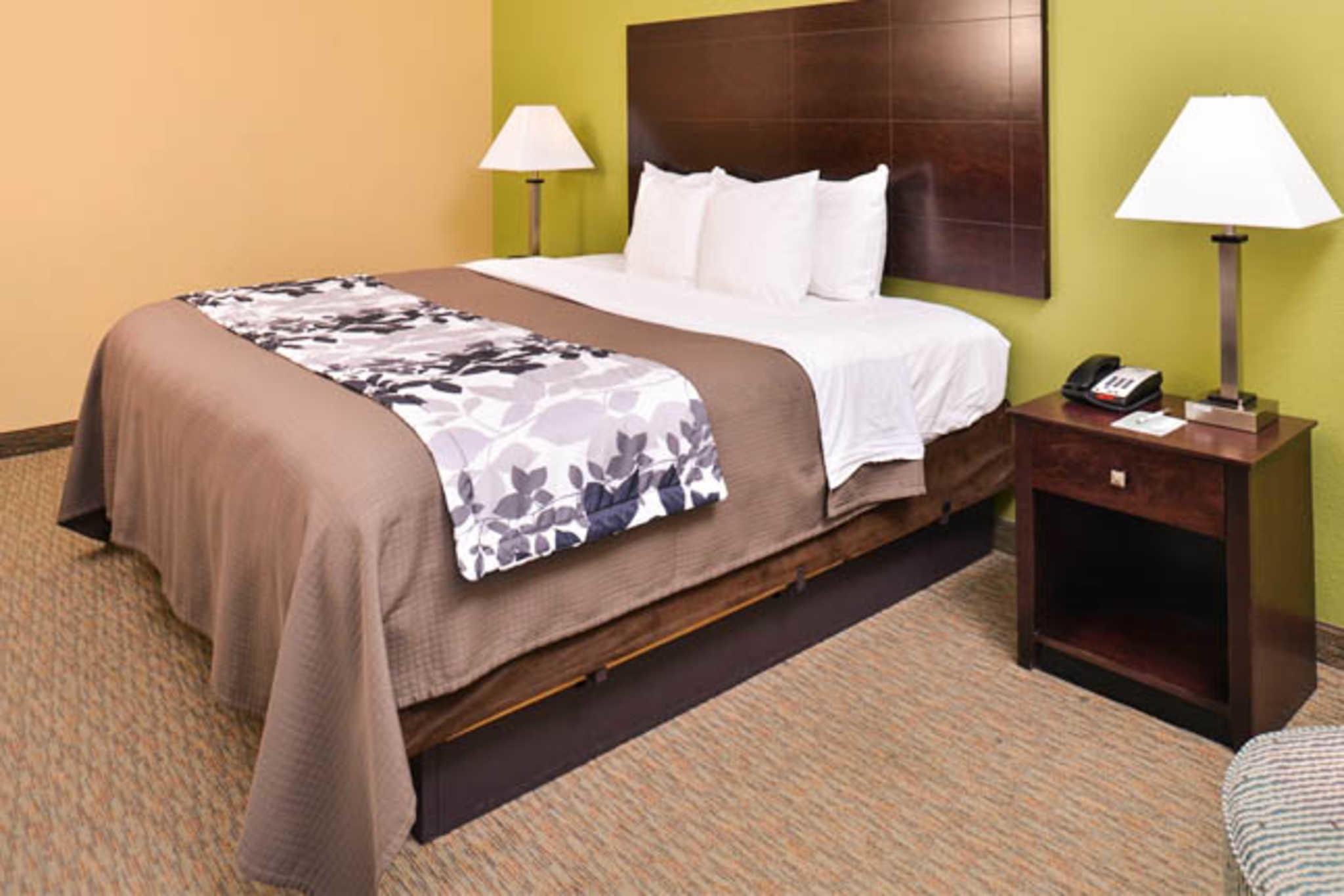 Sleep Inn & Suites Near Downtown North image 9