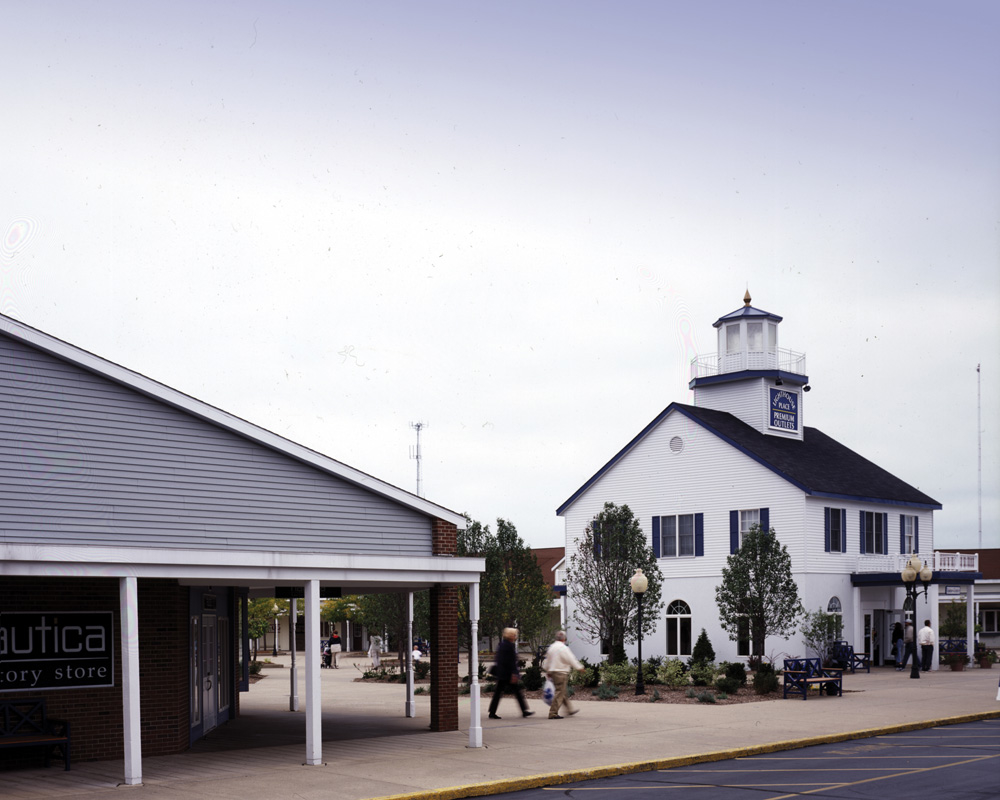 Lighthouse Place Premium Outlets image 1