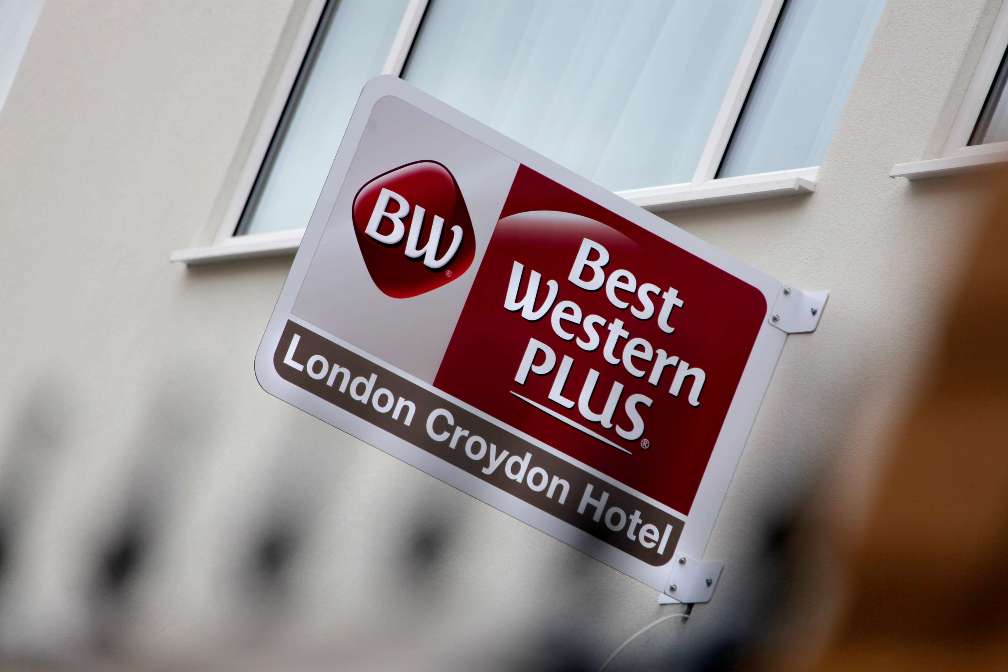 Best western plus london croydon aparthotel hotels in for Best aparthotels