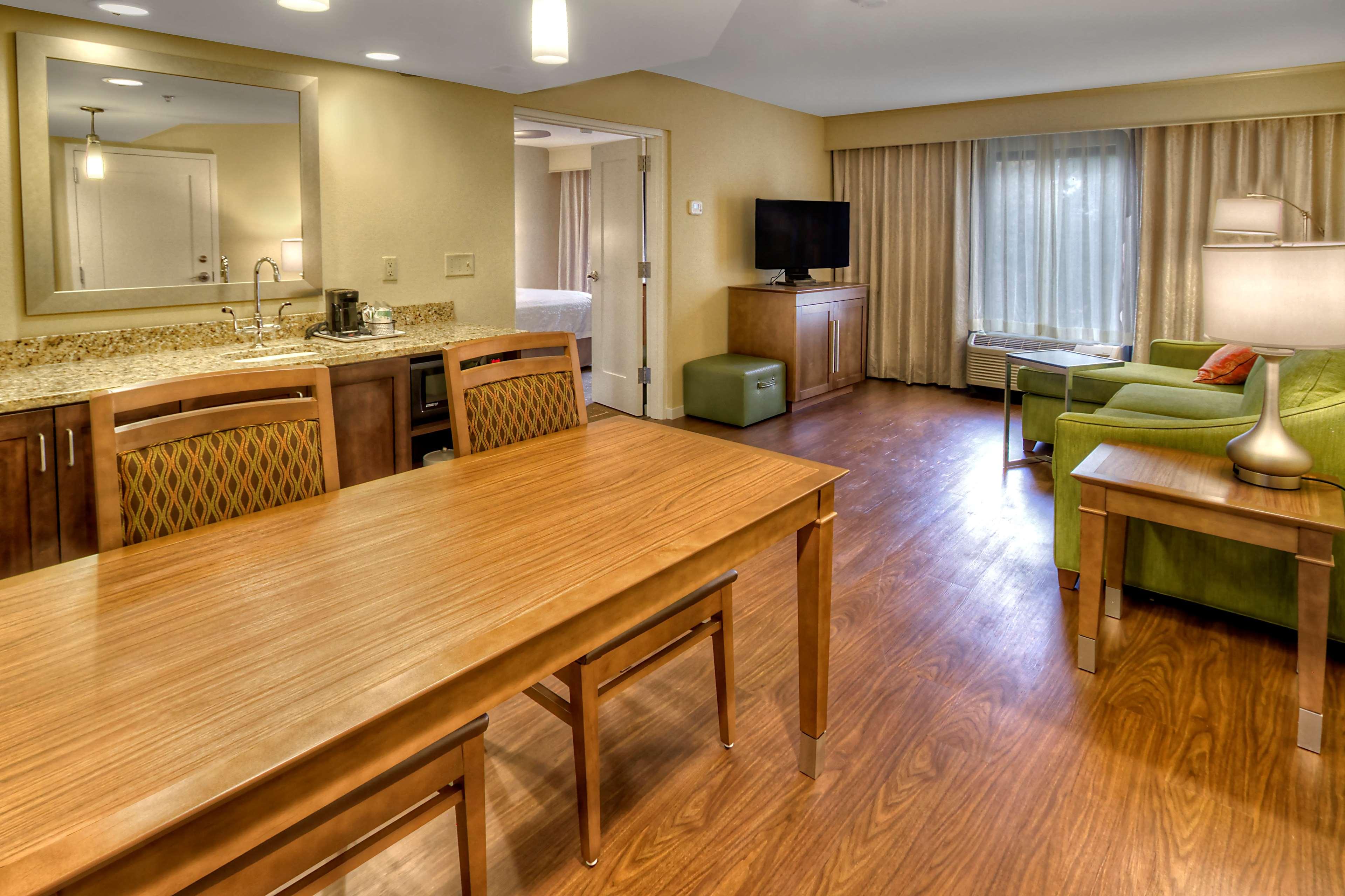 Hampton Inn & Suites Asheville-I-26 image 22