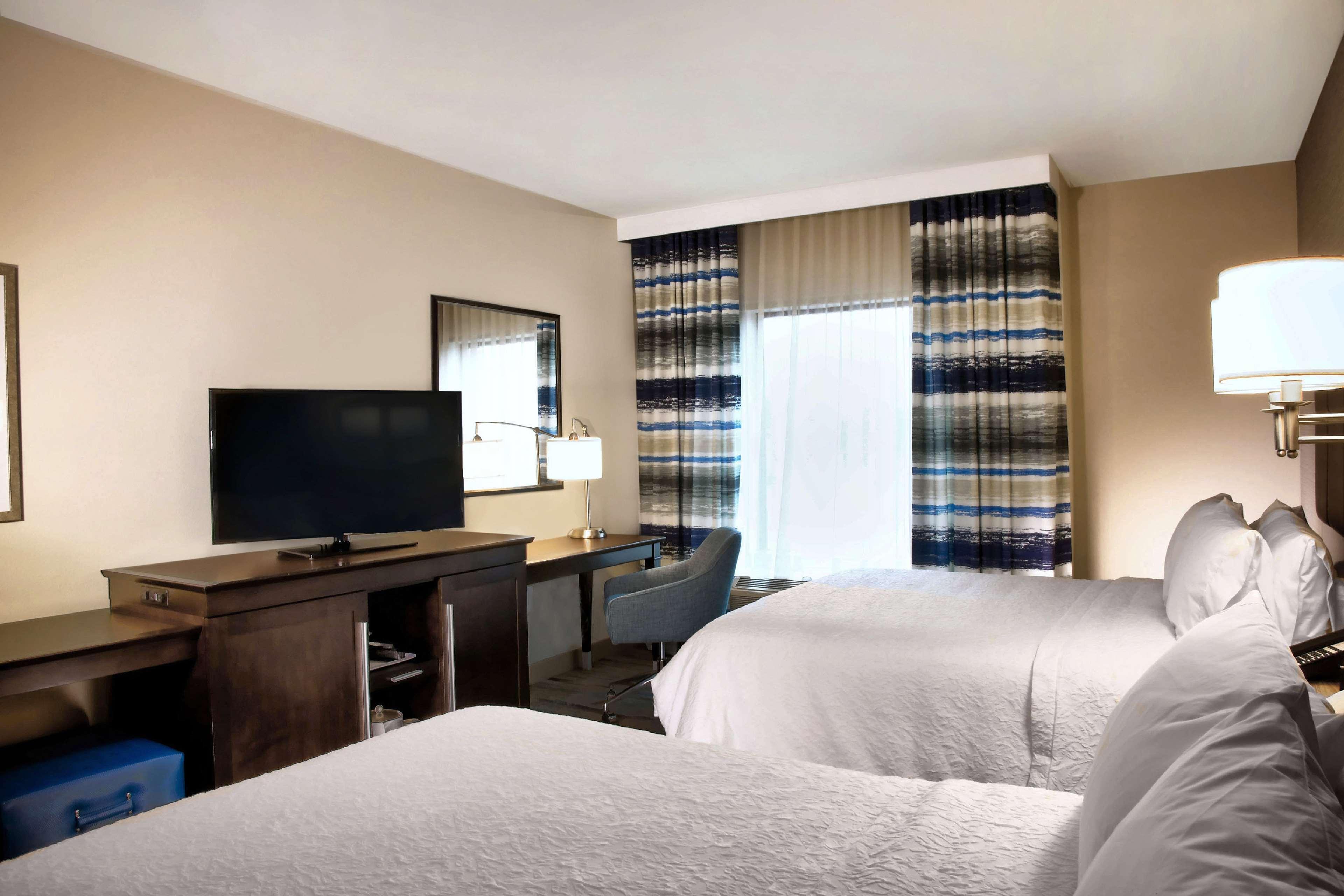 Hampton Inn & Suites Baltimore/Aberdeen image 24